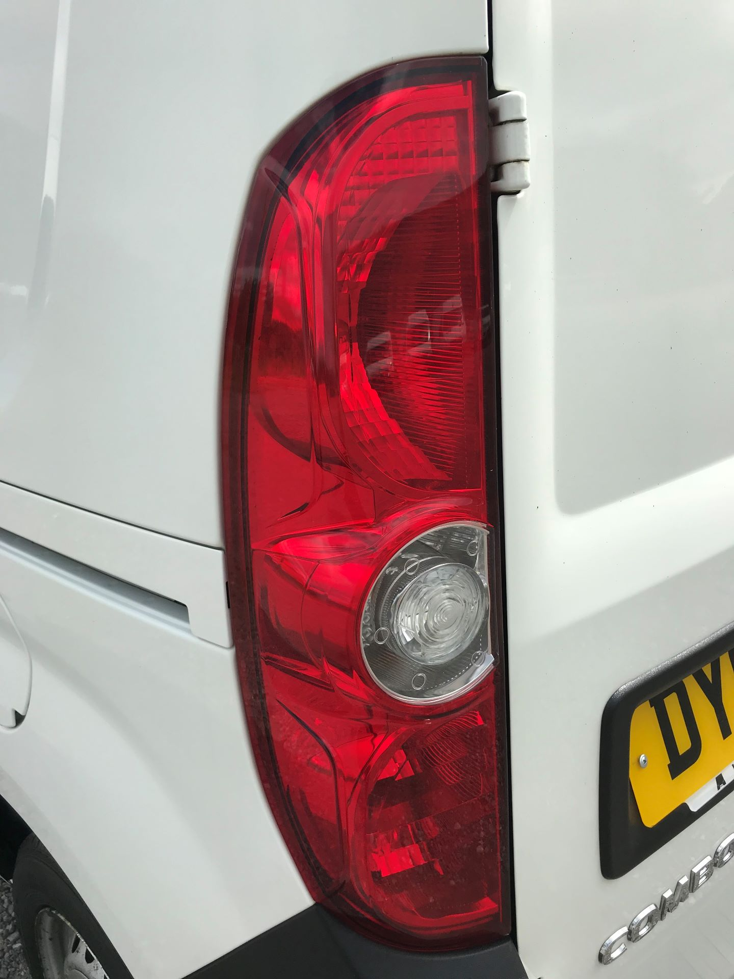 2015 Vauxhall Combo  L1 H1 2000 1.3 16V  EURO 5 (DY65YMK) Image 14