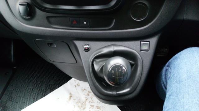 2017 Vauxhall Vivaro 2900 1.6Cdti 120Ps H1 Van (DY67DPU) Image 16