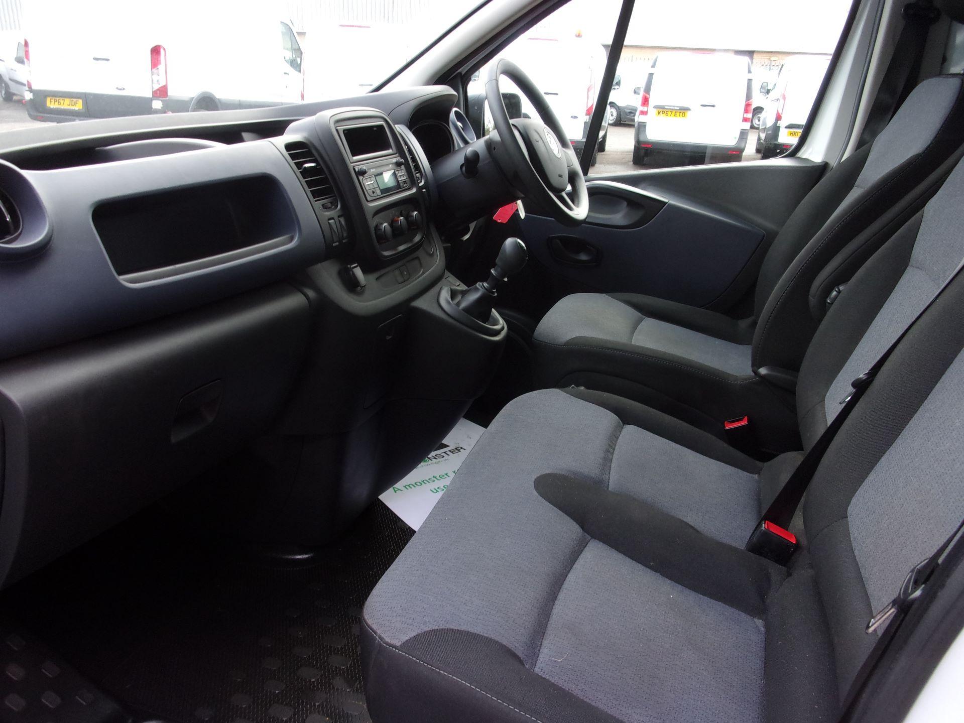 2017 Vauxhall Vivaro L2 H1 2900 1.6 CDTI 120PS EURO 6 (DY67DWG) Image 13