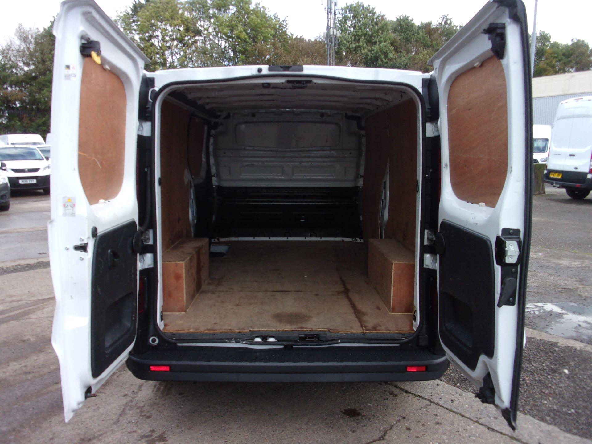 2017 Vauxhall Vivaro L2 H1 2900 1.6 CDTI 120PS EURO 6 (DY67DWG) Image 17