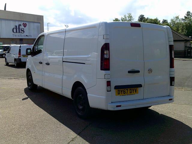 2017 Vauxhall Vivaro 2900 1.6Cdti 120Ps Sportive H1 Van (DY67DYV) Image 13