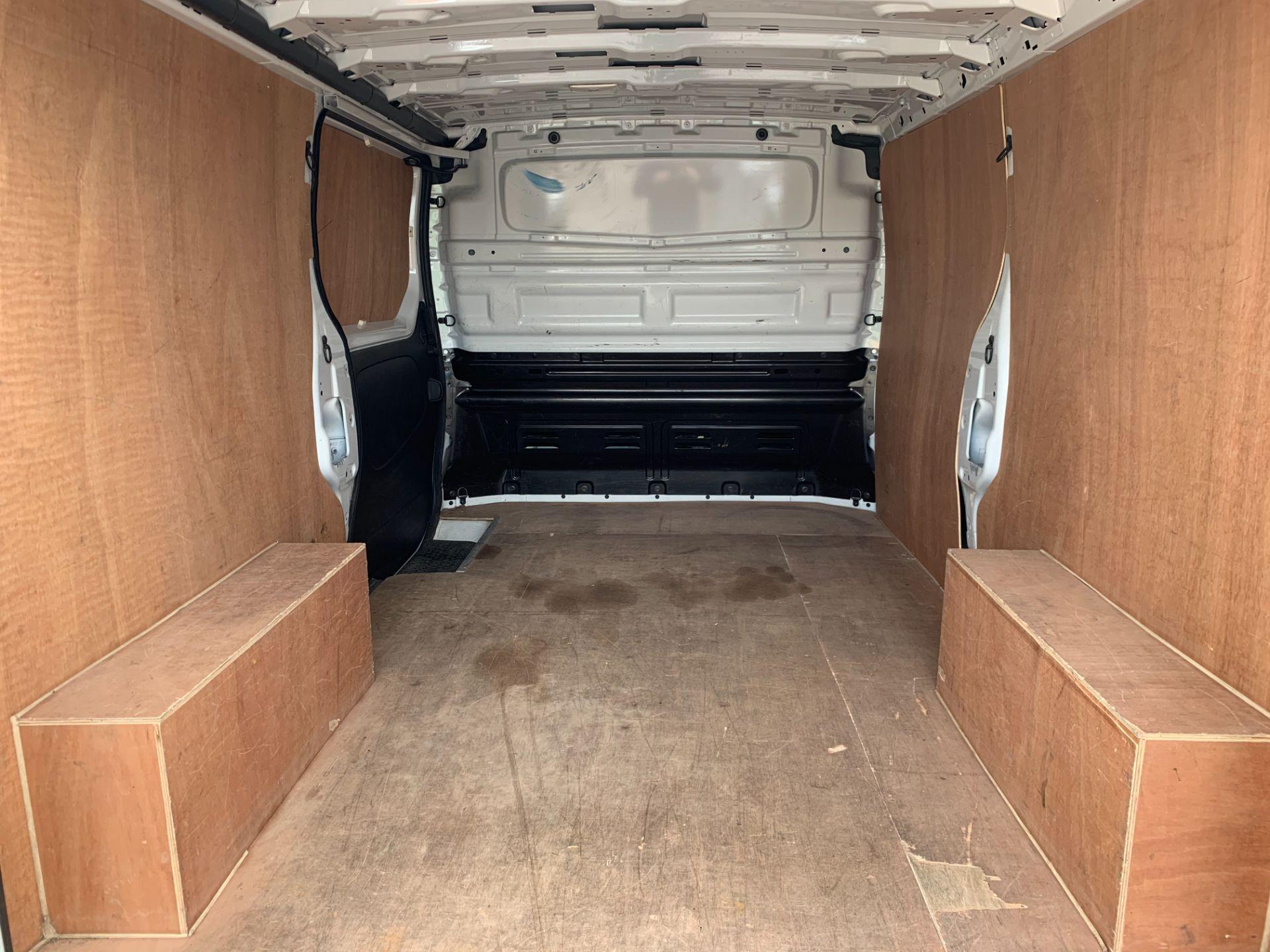 2017 Vauxhall Vivaro 2900 1.6Cdti 120Ps H1 Van (DY67MWJ) Image 11