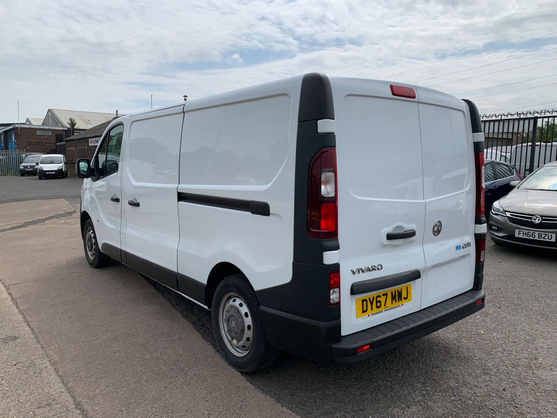 2017 Vauxhall Vivaro 2900 1.6Cdti 120Ps H1 Van (DY67MWJ) Image 8