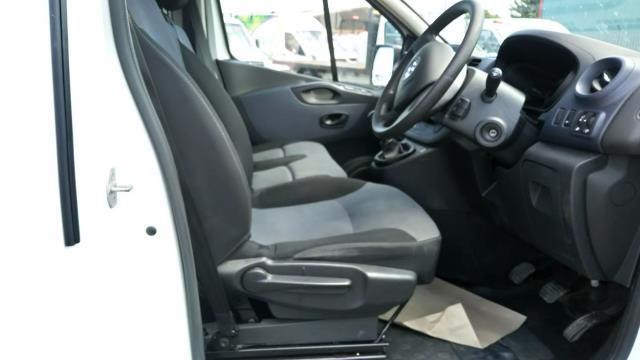 2017 Vauxhall Vivaro 2900 1.6Cdti 120Ps H1 Van (DY67MWM) Image 14