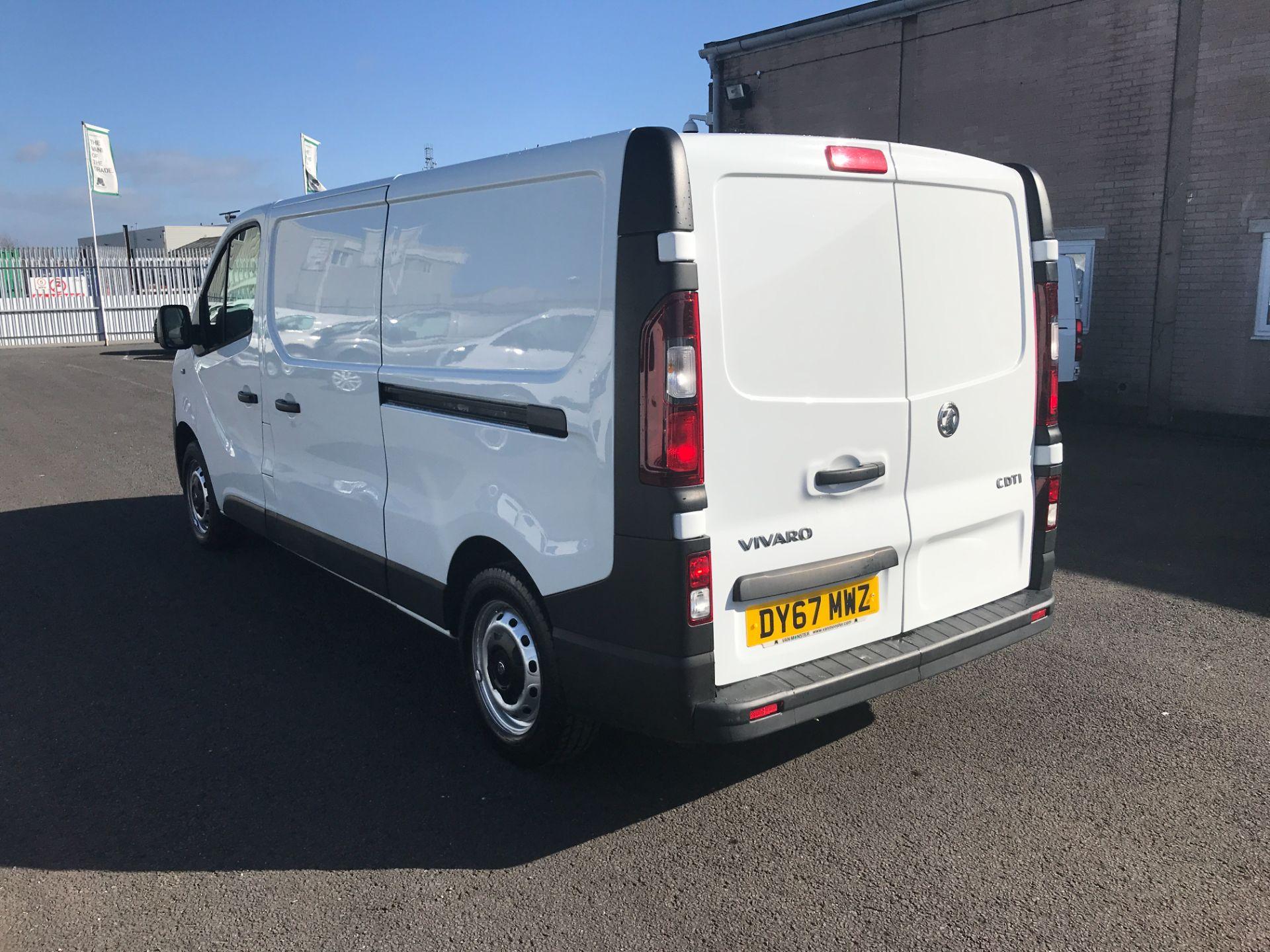 2017 Vauxhall Vivaro 2900 L2 H1 120PS EURO 6  (DY67MWZ) Image 6