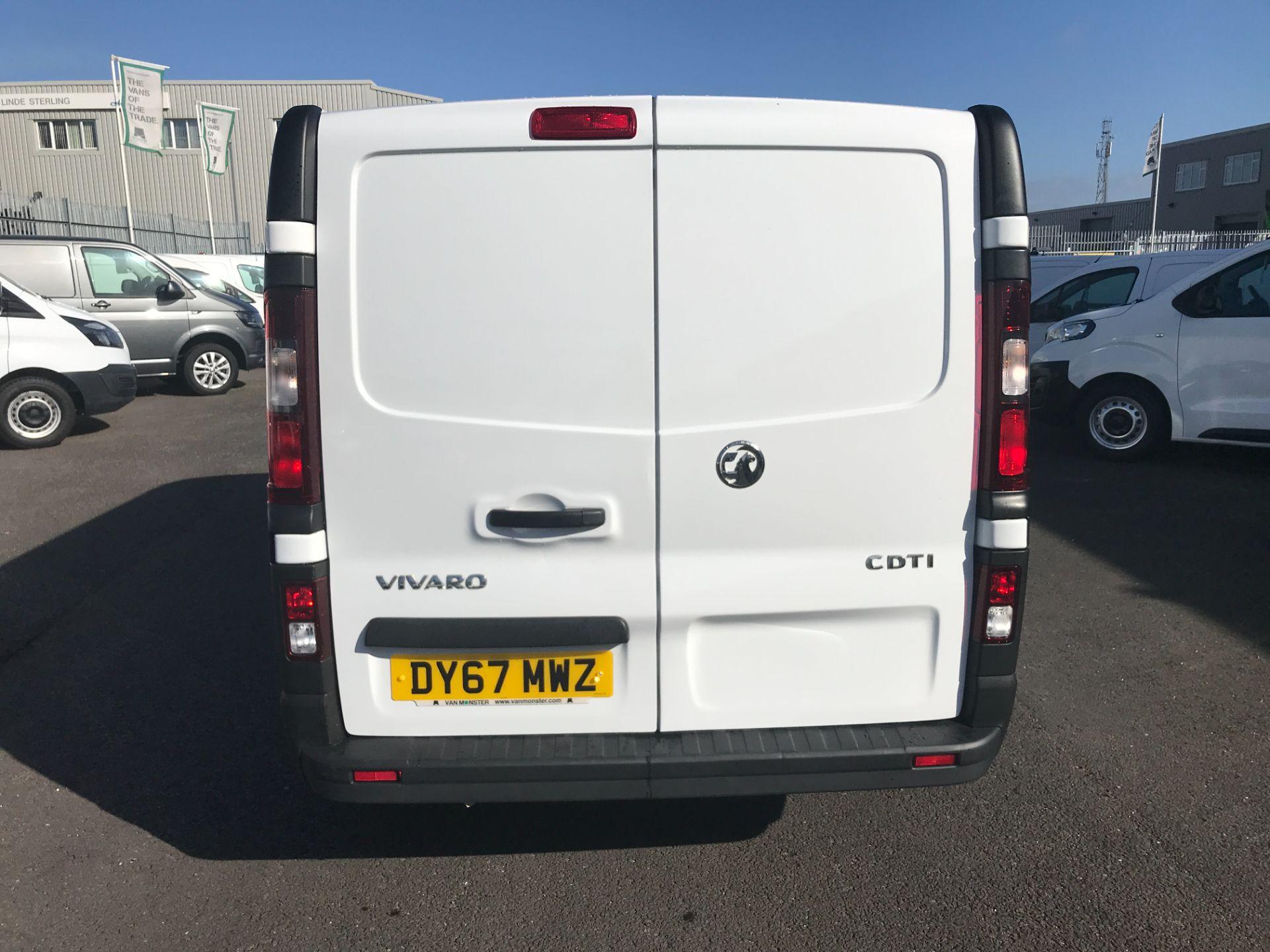 2017 Vauxhall Vivaro 2900 L2 H1 120PS EURO 6  (DY67MWZ) Image 7