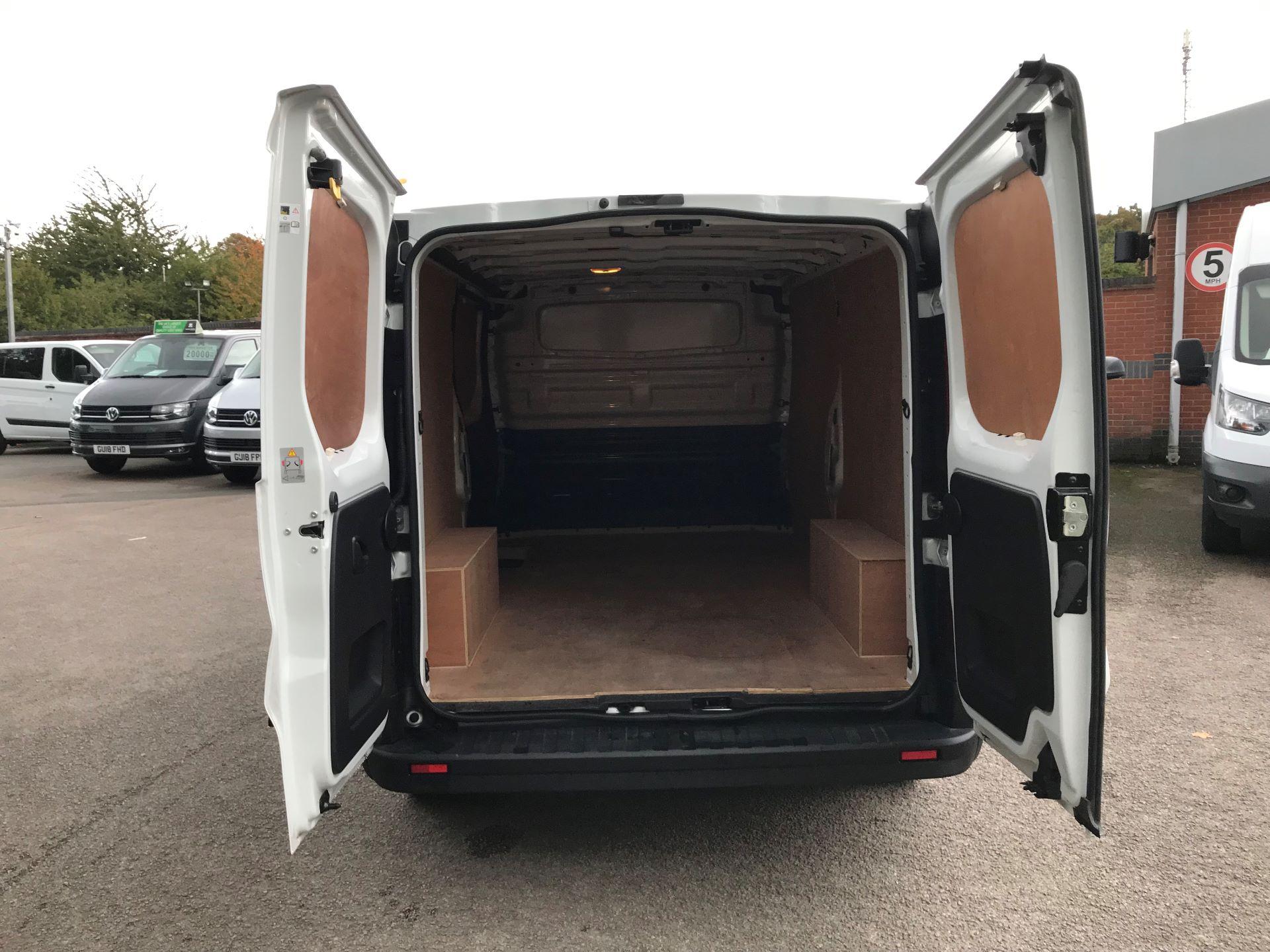 2017 Vauxhall Vivaro L2 H1 2900 1.6CDTI 120PS EURO 6 (DY67MXD) Image 11