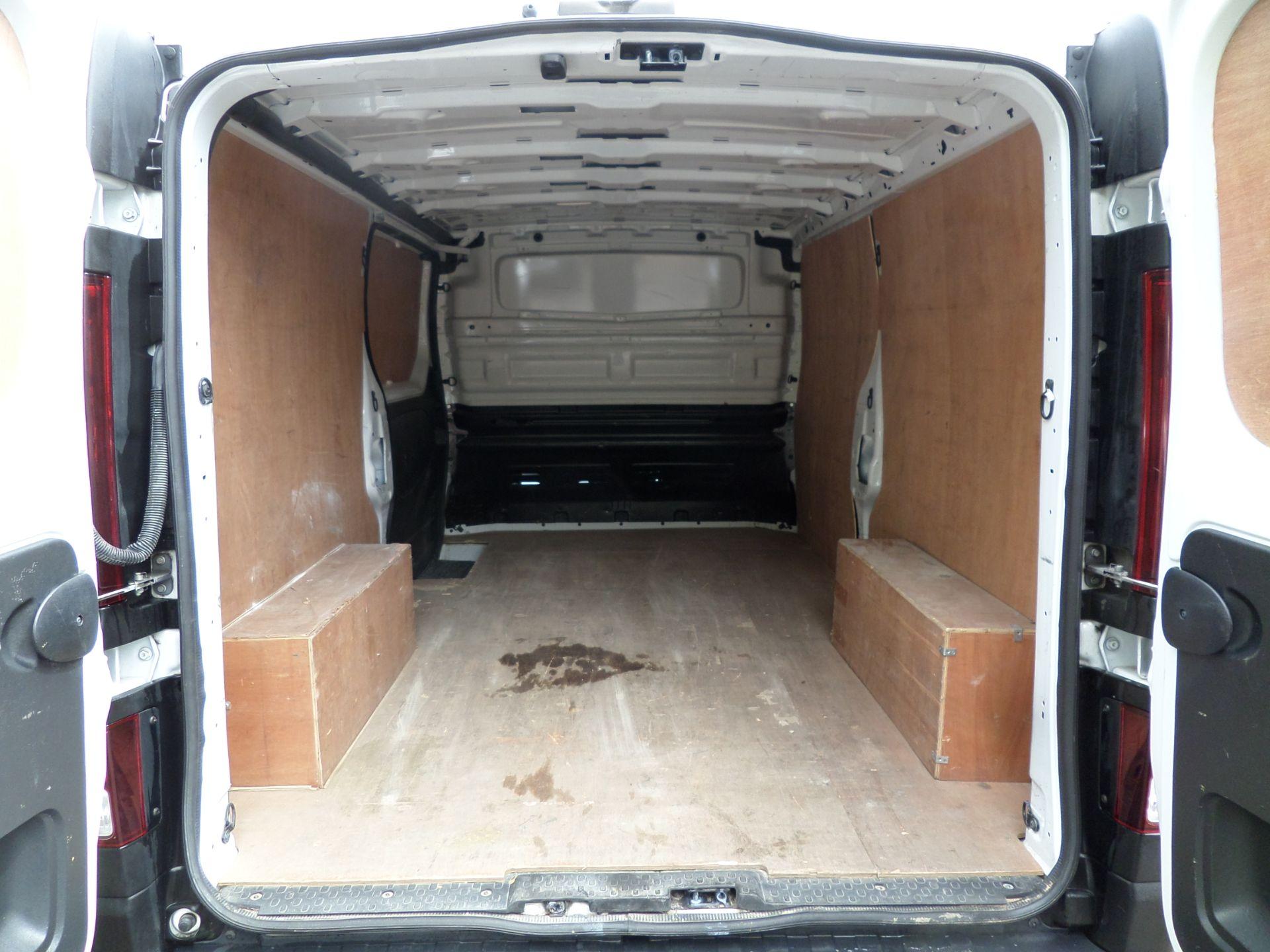 2017 Vauxhall Vivaro 2900 1.6Cdti 120Ps H1 L2 Van Euro 6  (DY67MXK) Image 5