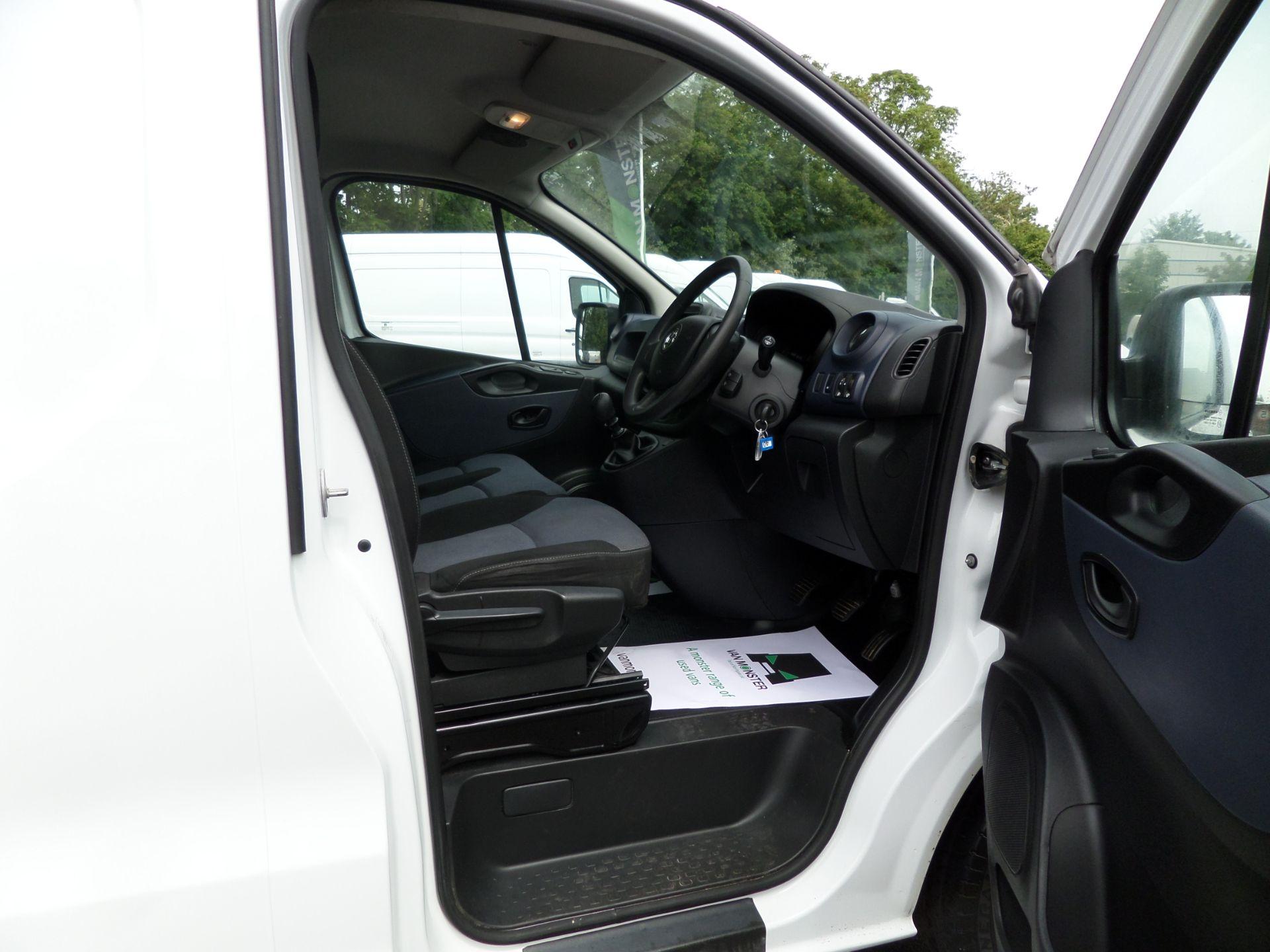 2017 Vauxhall Vivaro 2900 1.6Cdti 120Ps H1 L2 Van Euro 6  (DY67MXK) Image 11