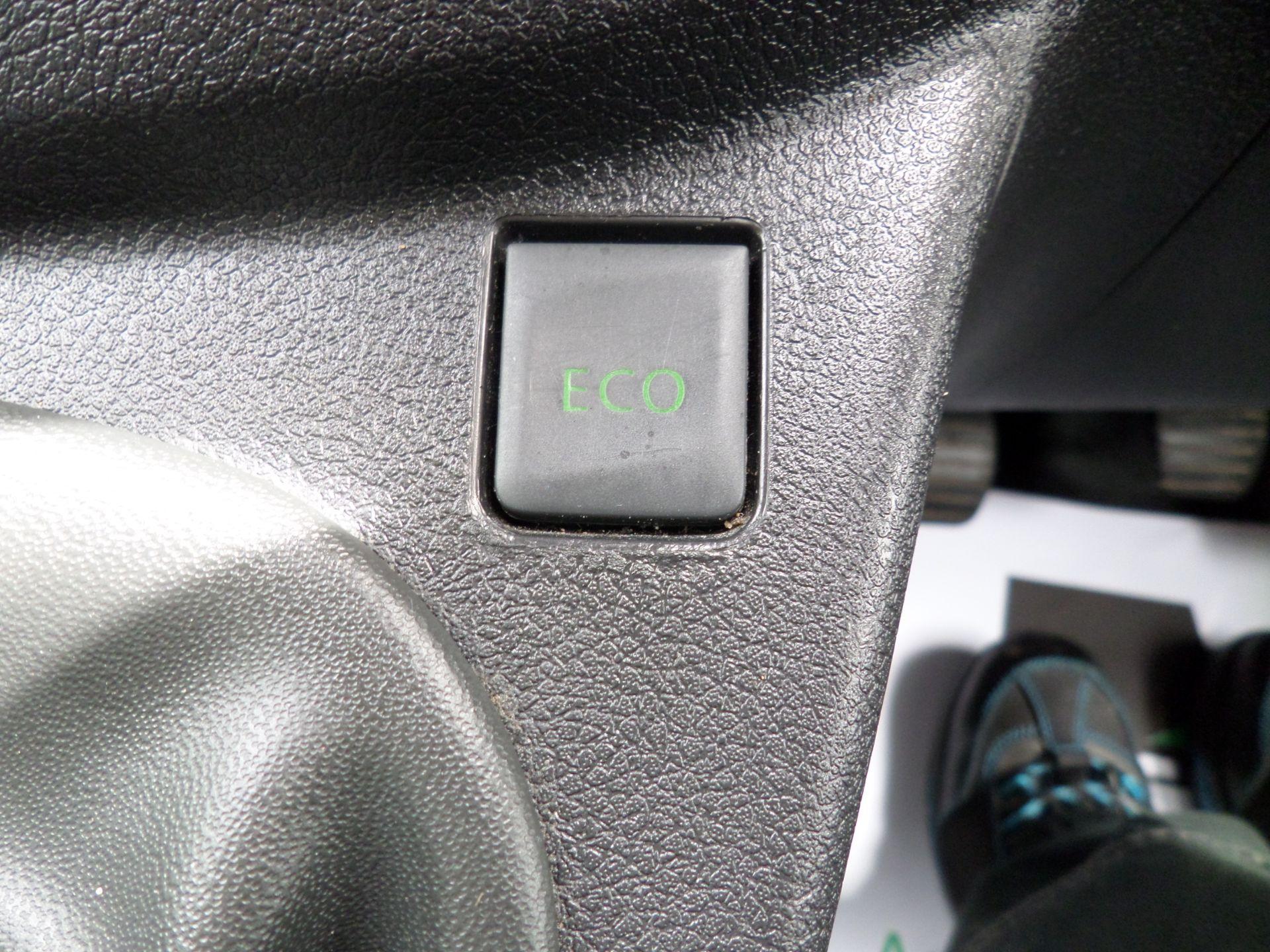 2017 Vauxhall Vivaro 2900 1.6Cdti 120Ps H1 L2 Van Euro 6  (DY67MXK) Image 16