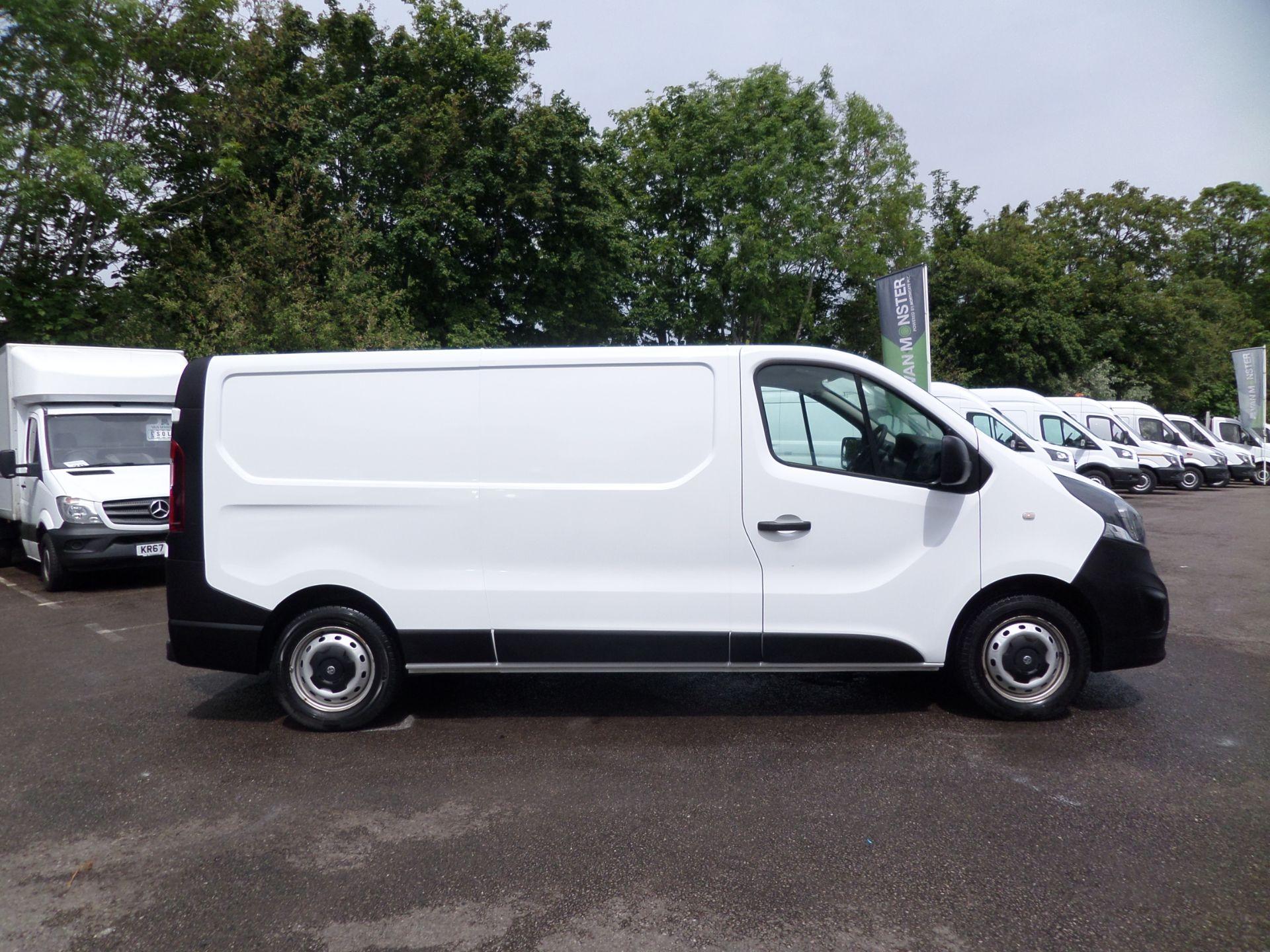 2017 Vauxhall Vivaro 2900 1.6Cdti 120Ps H1 L2 Van Euro 6  (DY67MXK) Image 2