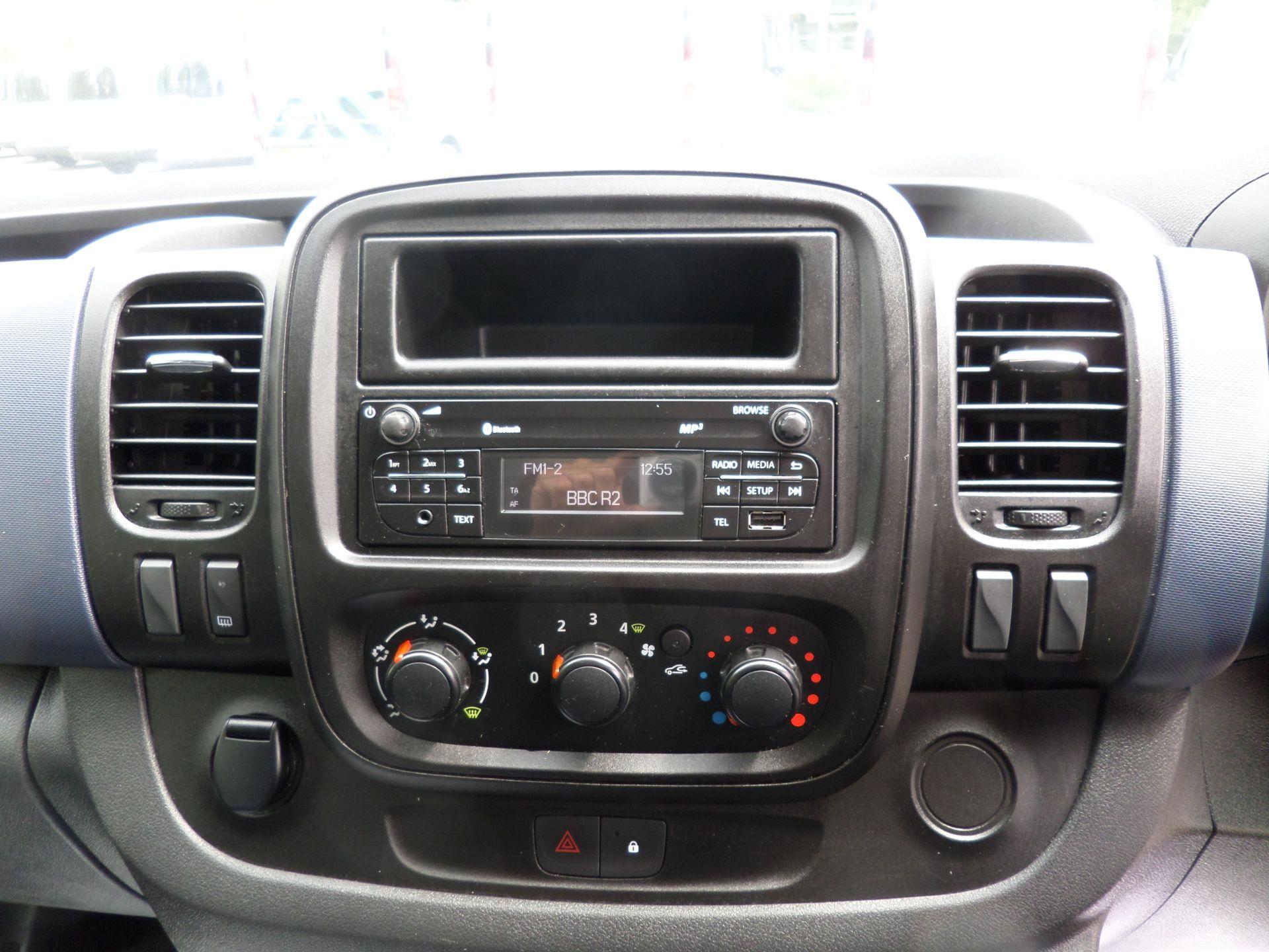 2017 Vauxhall Vivaro 2900 1.6Cdti 120Ps H1 L2 Van Euro 6  (DY67MXK) Image 12