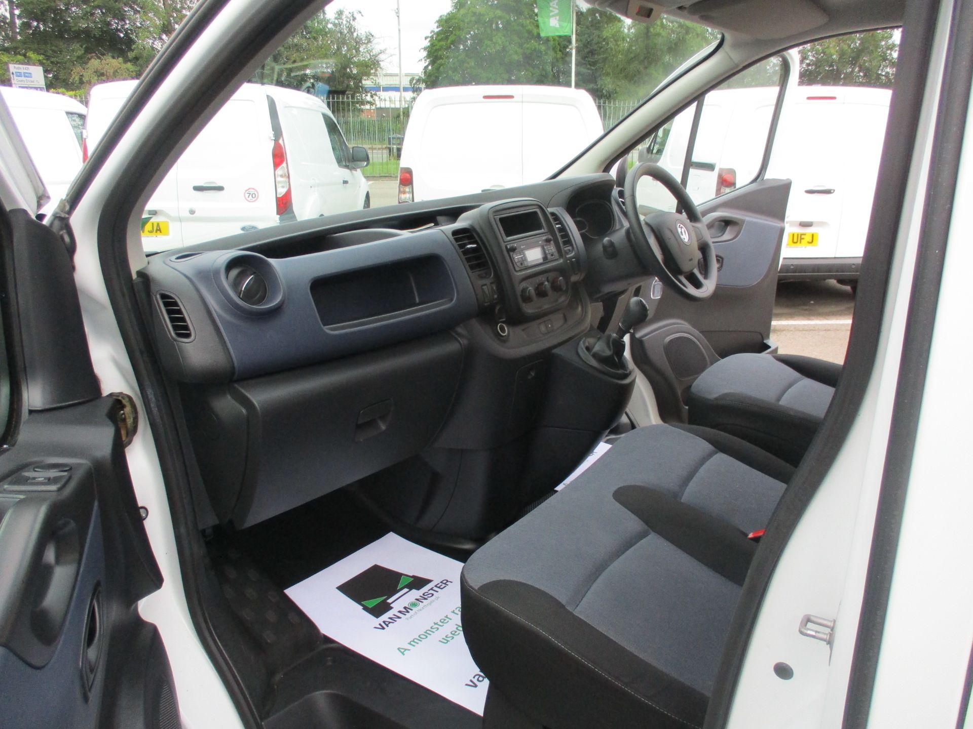 2017 Vauxhall Vivaro L2 H1 2900 1.6CDTI 120PS DOUBLE CAB  EURO 6 (DY67MYF) Image 17