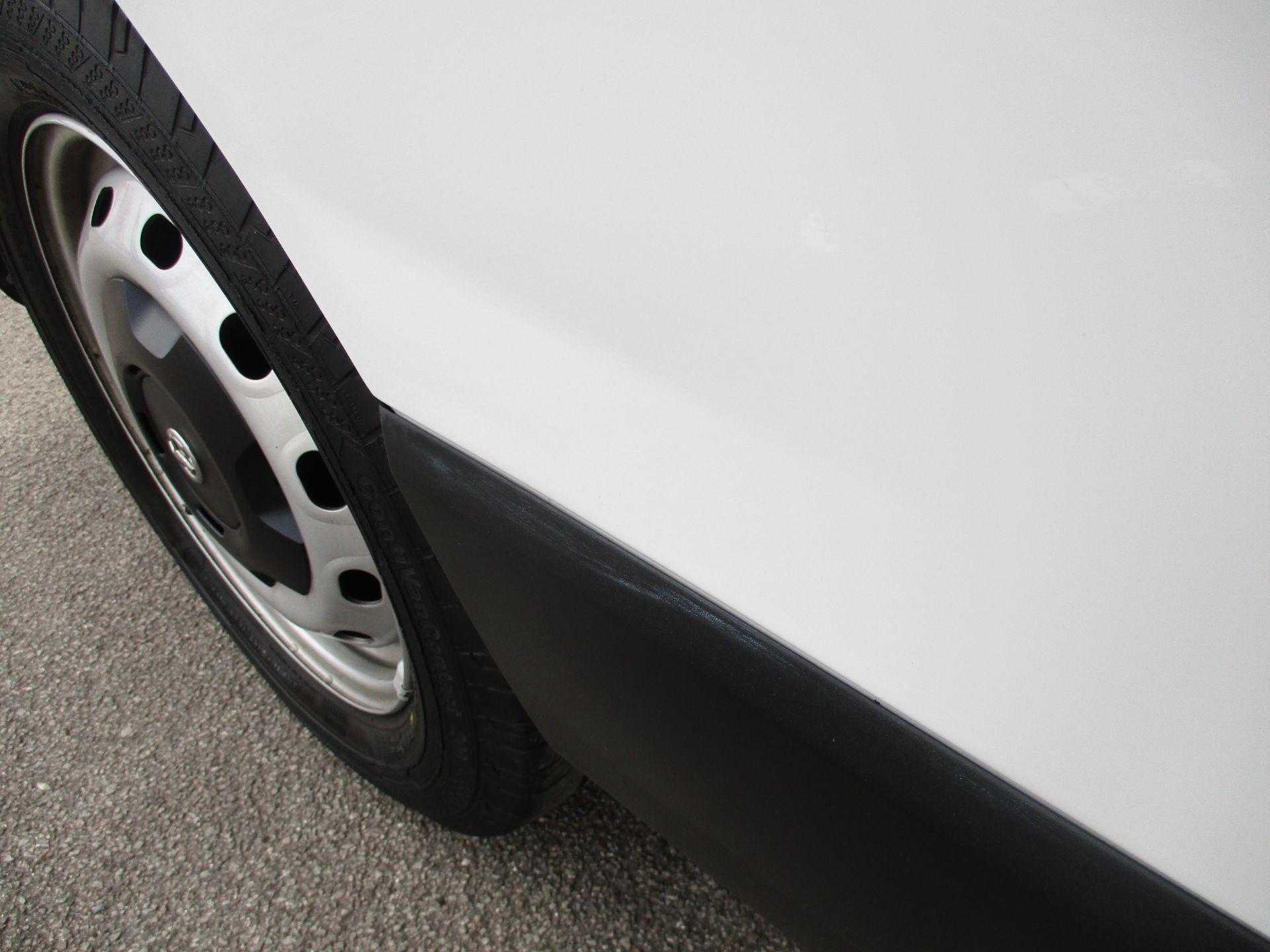 2017 Vauxhall Vivaro L2 H1 2900 1.6CDTI 120PS DOUBLE CAB  EURO 6 (DY67MYF) Image 26