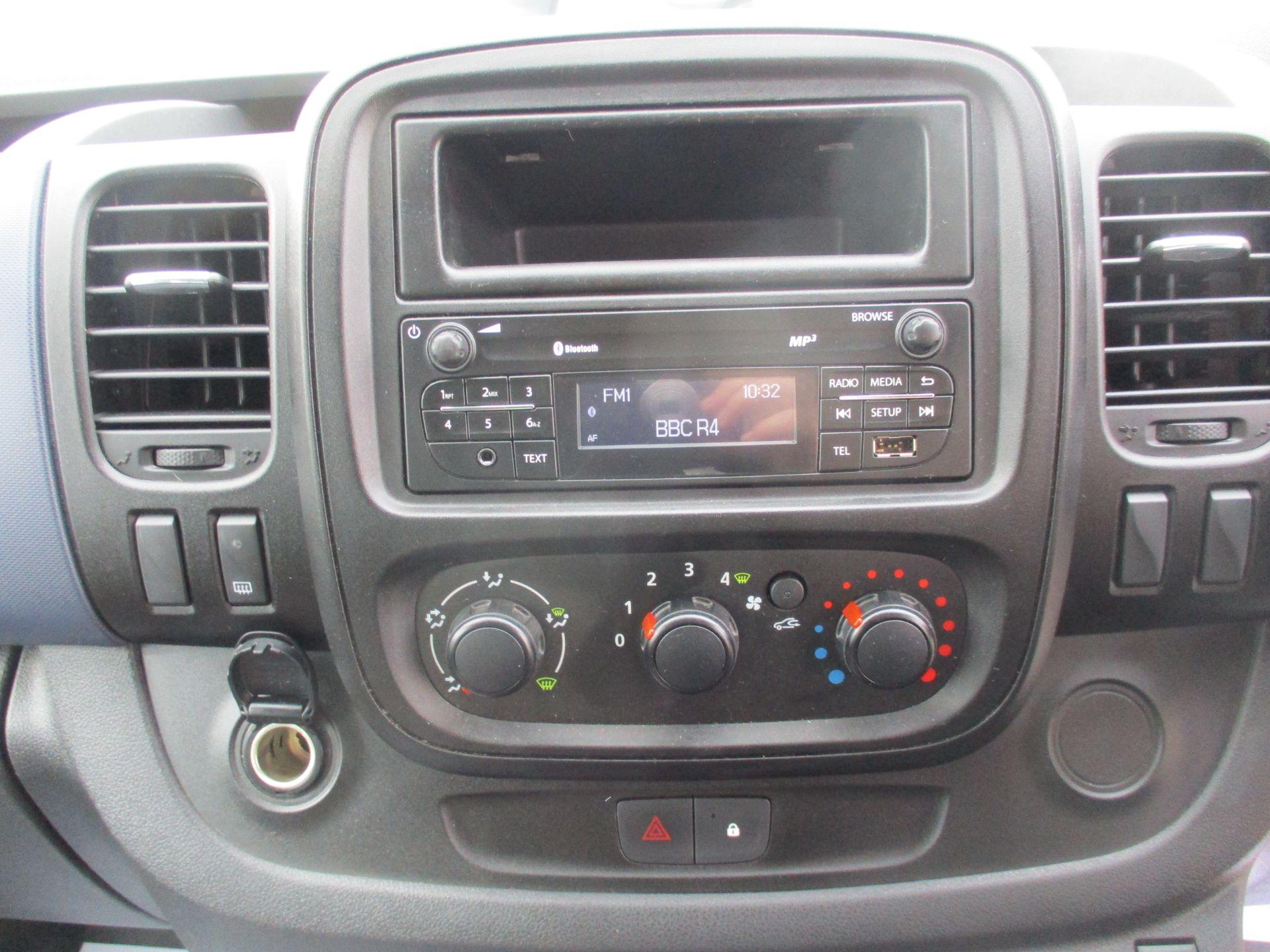 2017 Vauxhall Vivaro L2 H1 2900 1.6CDTI 120PS DOUBLE CAB  EURO 6 (DY67MYF) Image 15