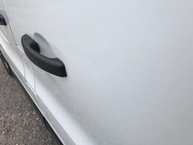 2017 Vauxhall Vivaro L2 H1 2900 1.6CDTI 120PS DOUBLE CAB  EURO 6 (DY67MYV) Image 46