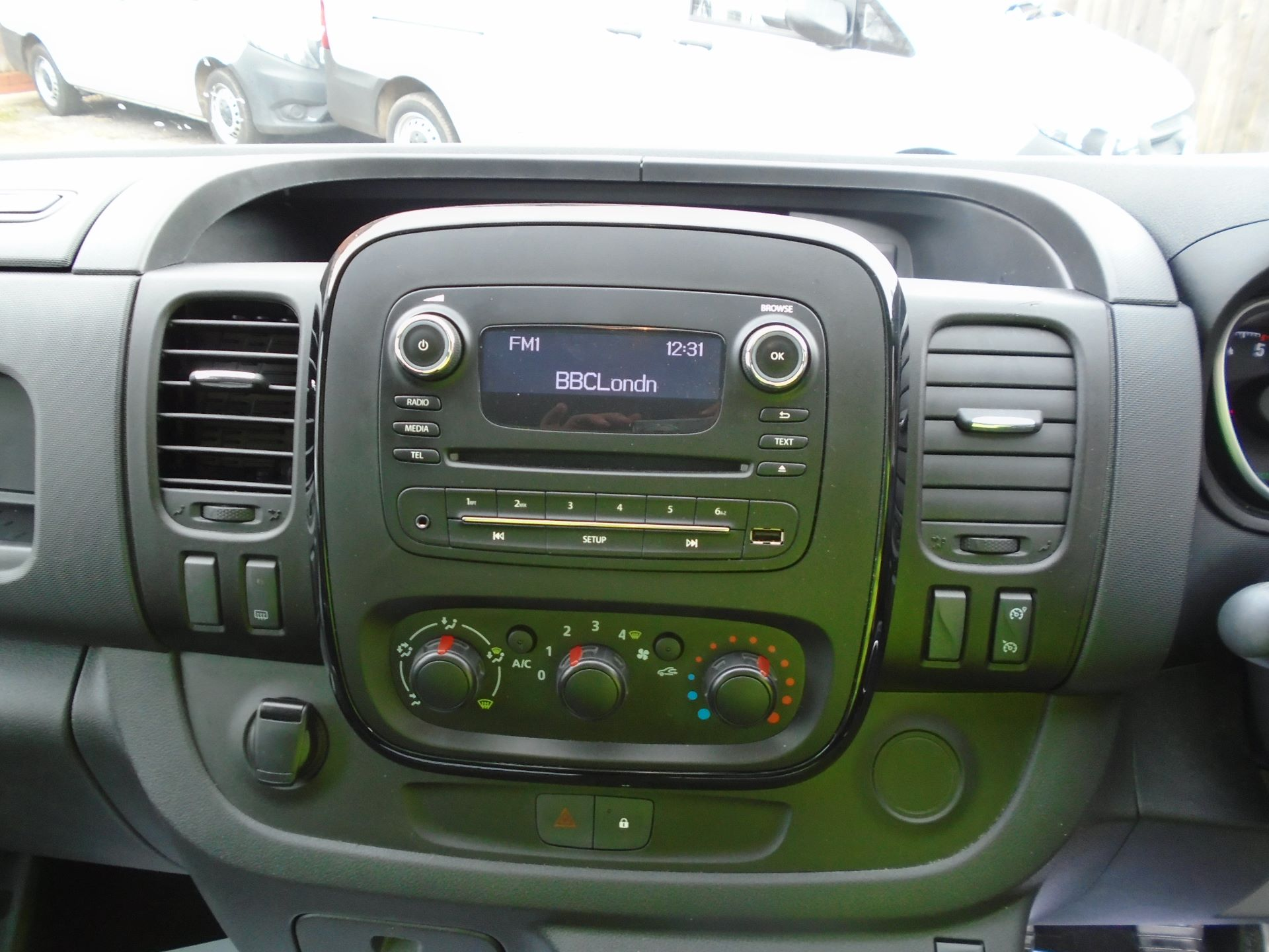 2018 Vauxhall Vivaro 2900 1.6Cdti 120Ps Sportive H1 Van( EURO 6) (DY68XOJ) Image 22