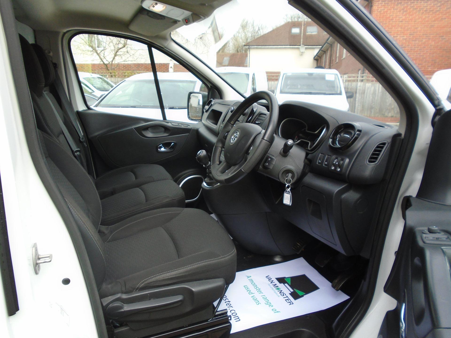 2018 Vauxhall Vivaro 2900 1.6Cdti 120Ps Sportive H1 Van( EURO 6) (DY68XOJ) Image 13
