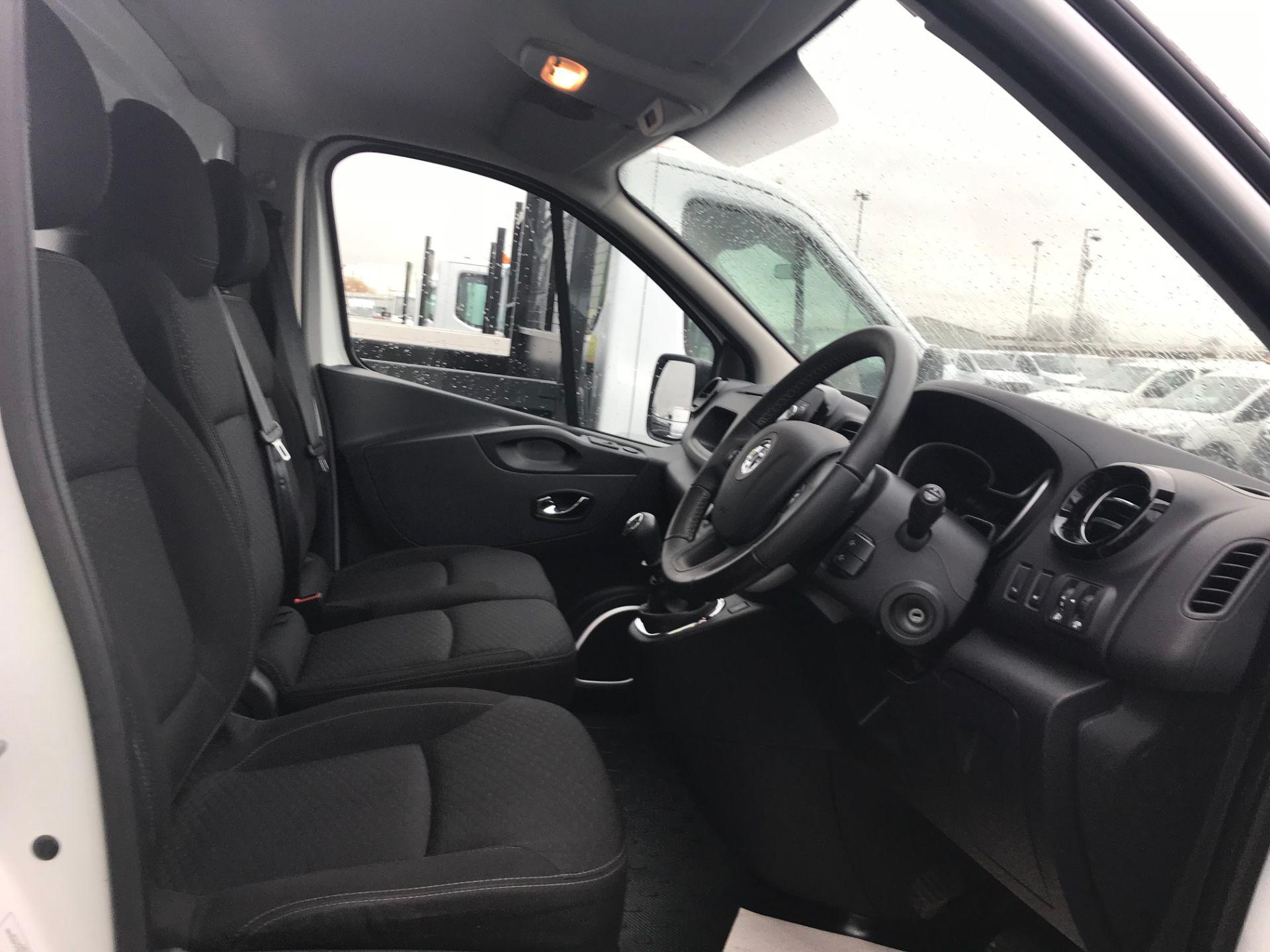 2018 Vauxhall Vivaro 2900 1.6Cdti 120Ps Sportive H1 Van (DY68XRU) Image 14