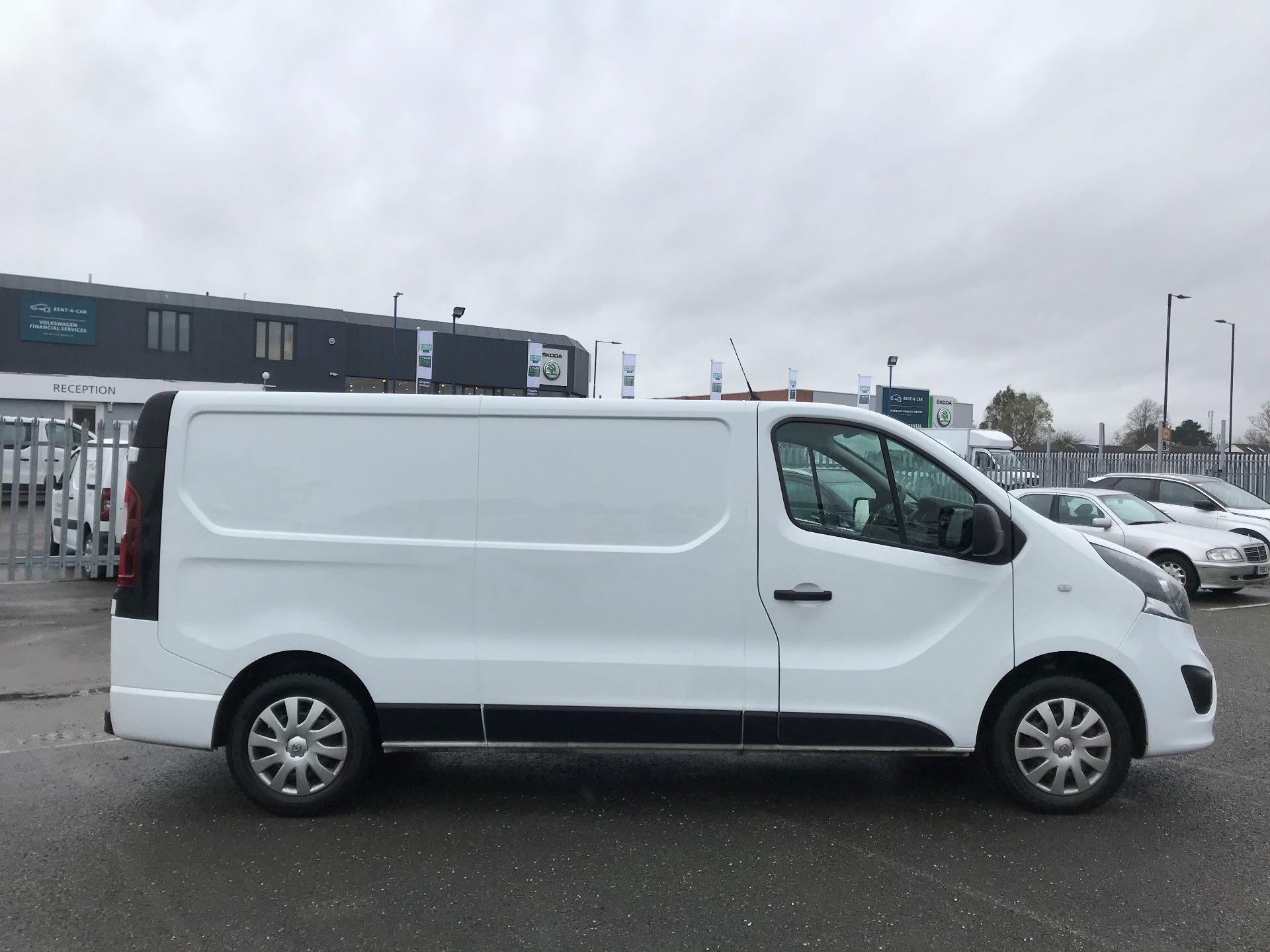 2018 Vauxhall Vivaro  L2 H1 2900 1.6 CDTI 120PS SPORTIVE EURO 6 (DY68XTP) Image 8