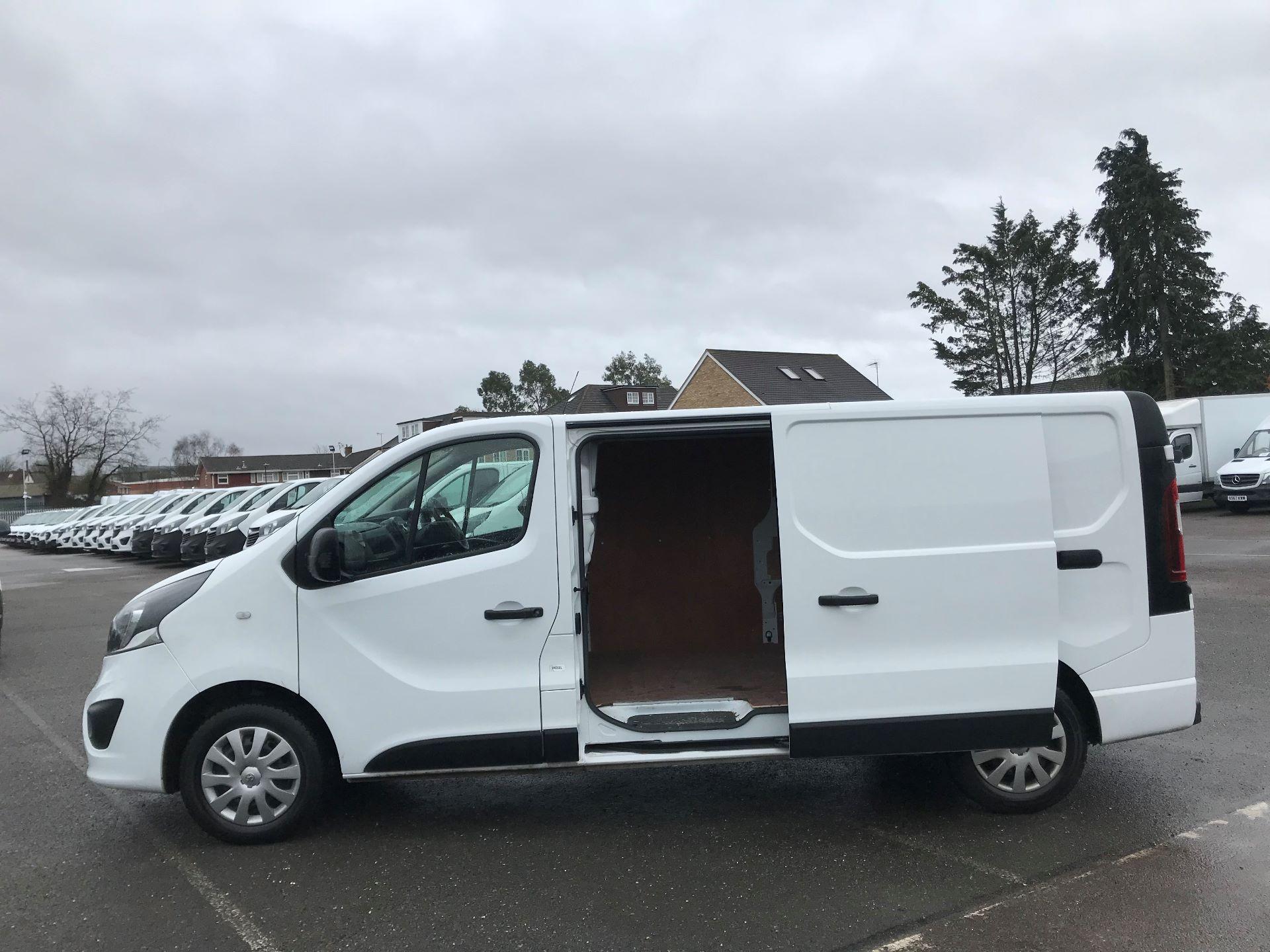 2018 Vauxhall Vivaro  L2 H1 2900 1.6 CDTI 120PS SPORTIVE EURO 6 (DY68XTP) Image 10
