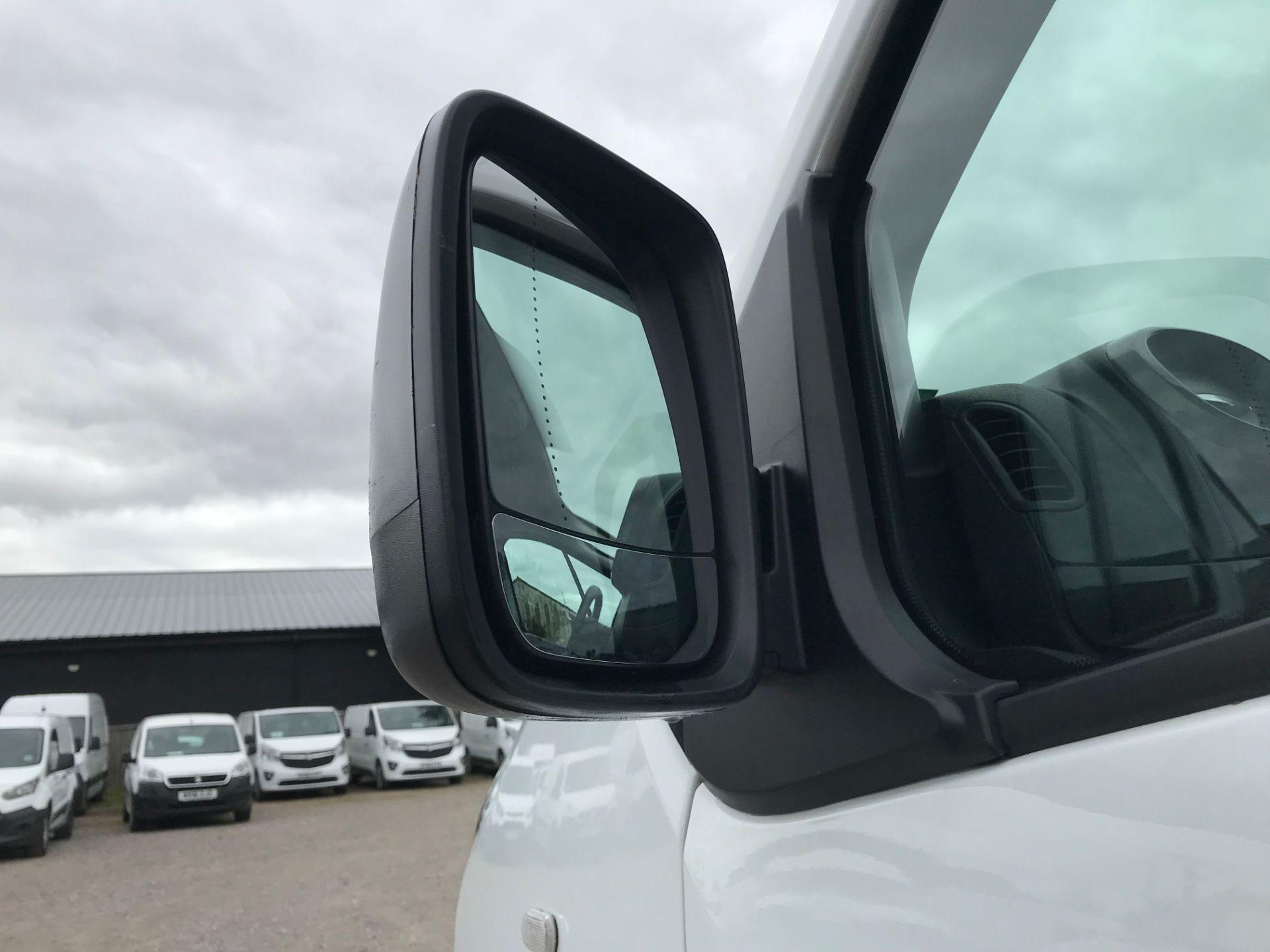 2018 Vauxhall Vivaro L2 H1 2900 1.6CDTI 120PS SPORTIVE EURO 6 (DY68XWP) Image 14