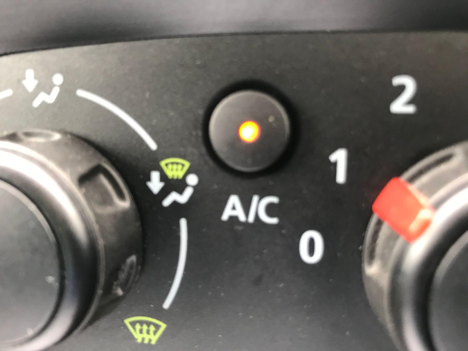 2018 Vauxhall Vivaro L2 H1 2900 1.6CDTI 120PS SPORTIVE EURO 6 (DY68XWP) Image 35