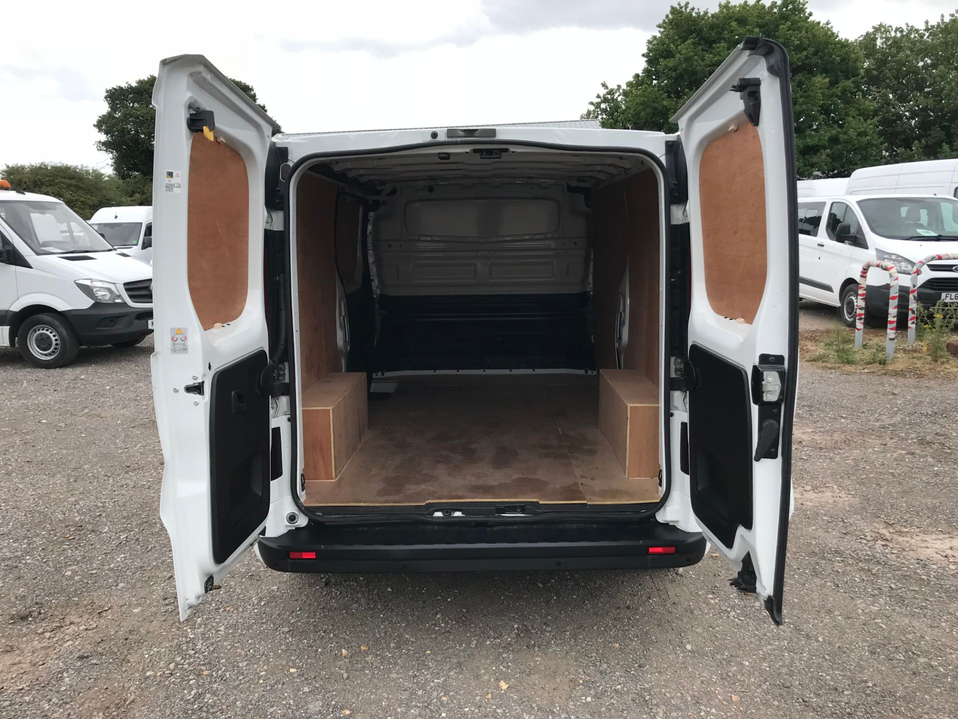 2018 Vauxhall Vivaro L2 H1 2900 1.6CDTI 120PS SPORTIVE EURO 6 (DY68XWP) Image 10