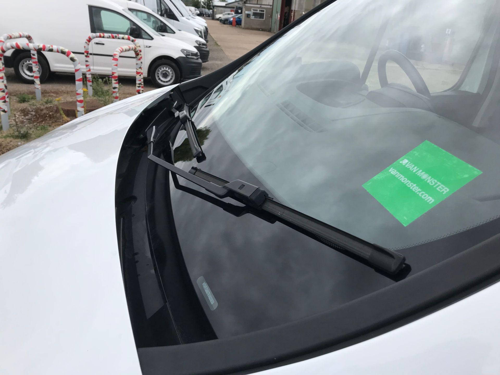 2018 Vauxhall Vivaro L2 H1 2900 1.6CDTI 120PS SPORTIVE EURO 6 (DY68XWP) Image 20
