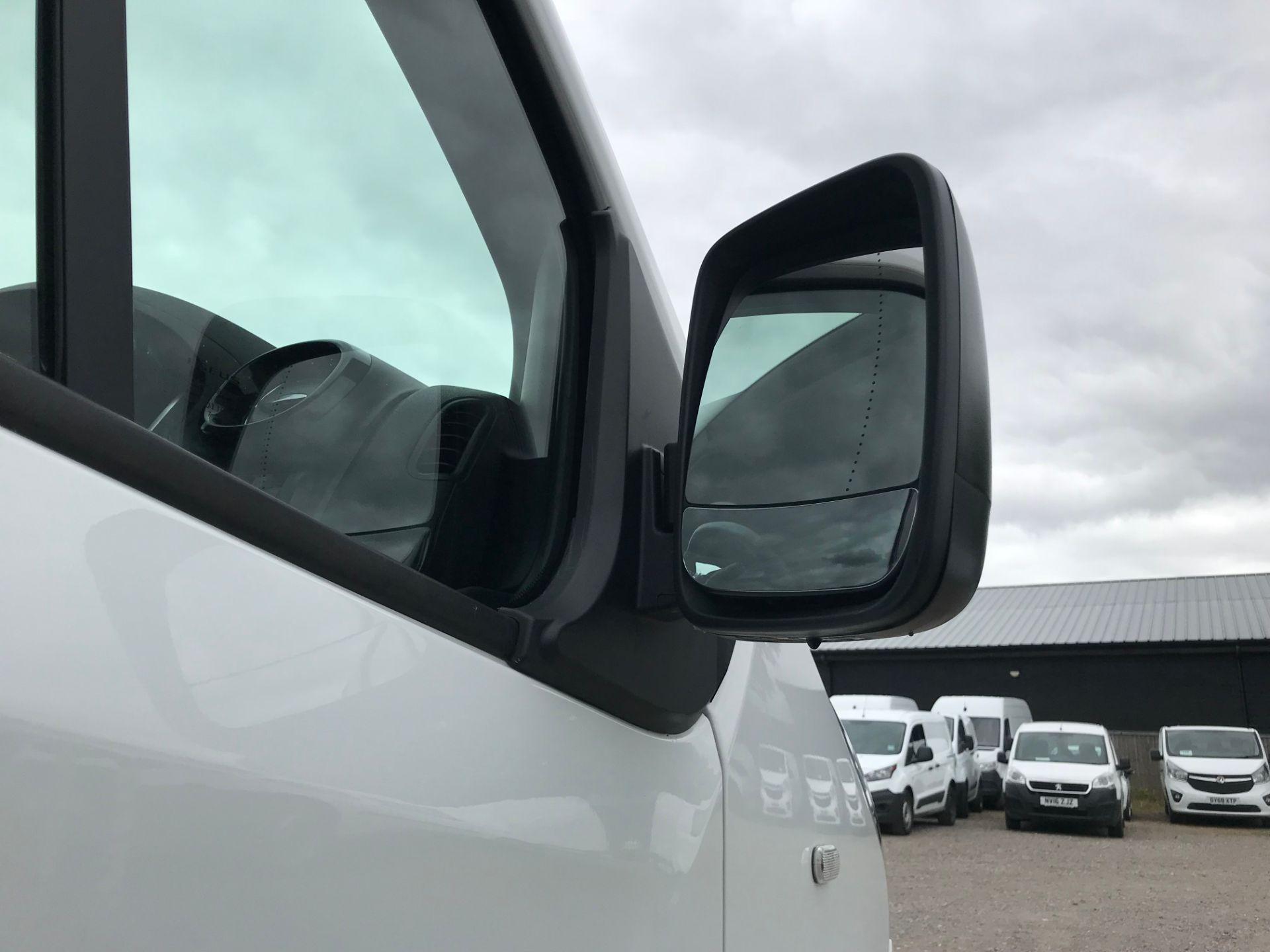 2018 Vauxhall Vivaro L2 H1 2900 1.6CDTI 120PS SPORTIVE EURO 6 (DY68XWP) Image 13