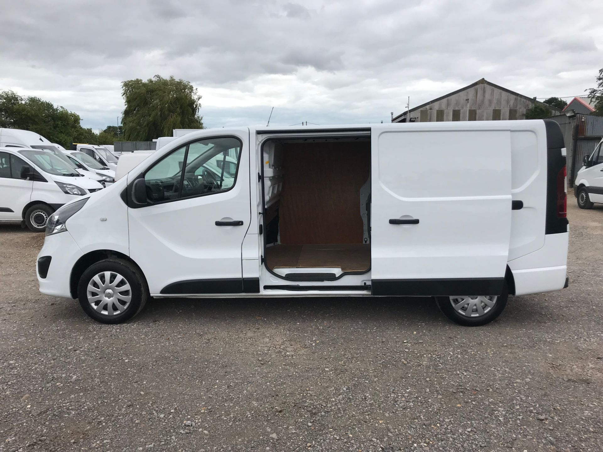 2018 Vauxhall Vivaro L2 H1 2900 1.6CDTI 120PS SPORTIVE EURO 6 (DY68XWP) Image 8