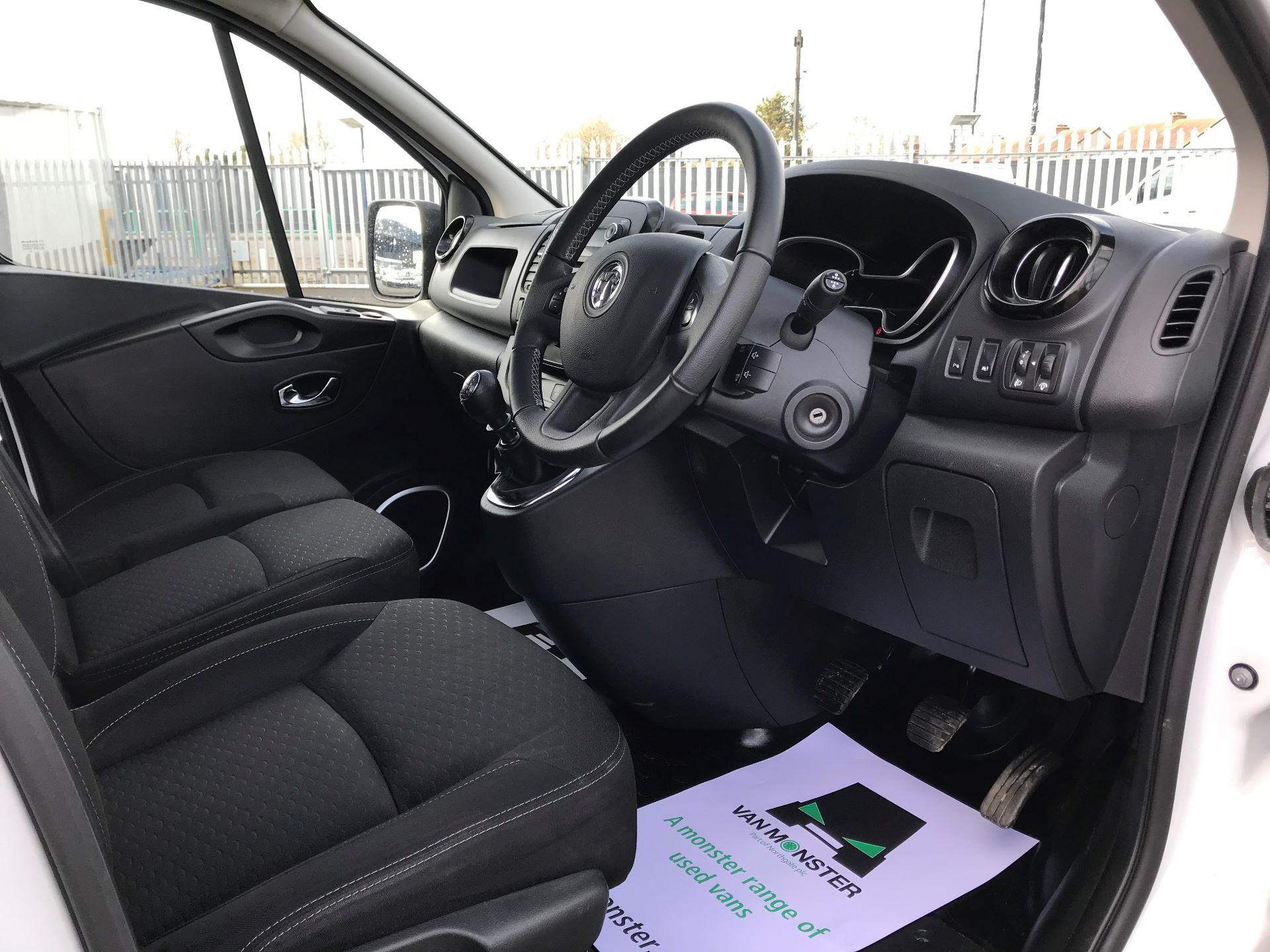 2018 Vauxhall Vivaro  L2 H1 2900 1.6 CDTI 120PS SPORTIVE EURO 6 (DY68XYH) Image 19