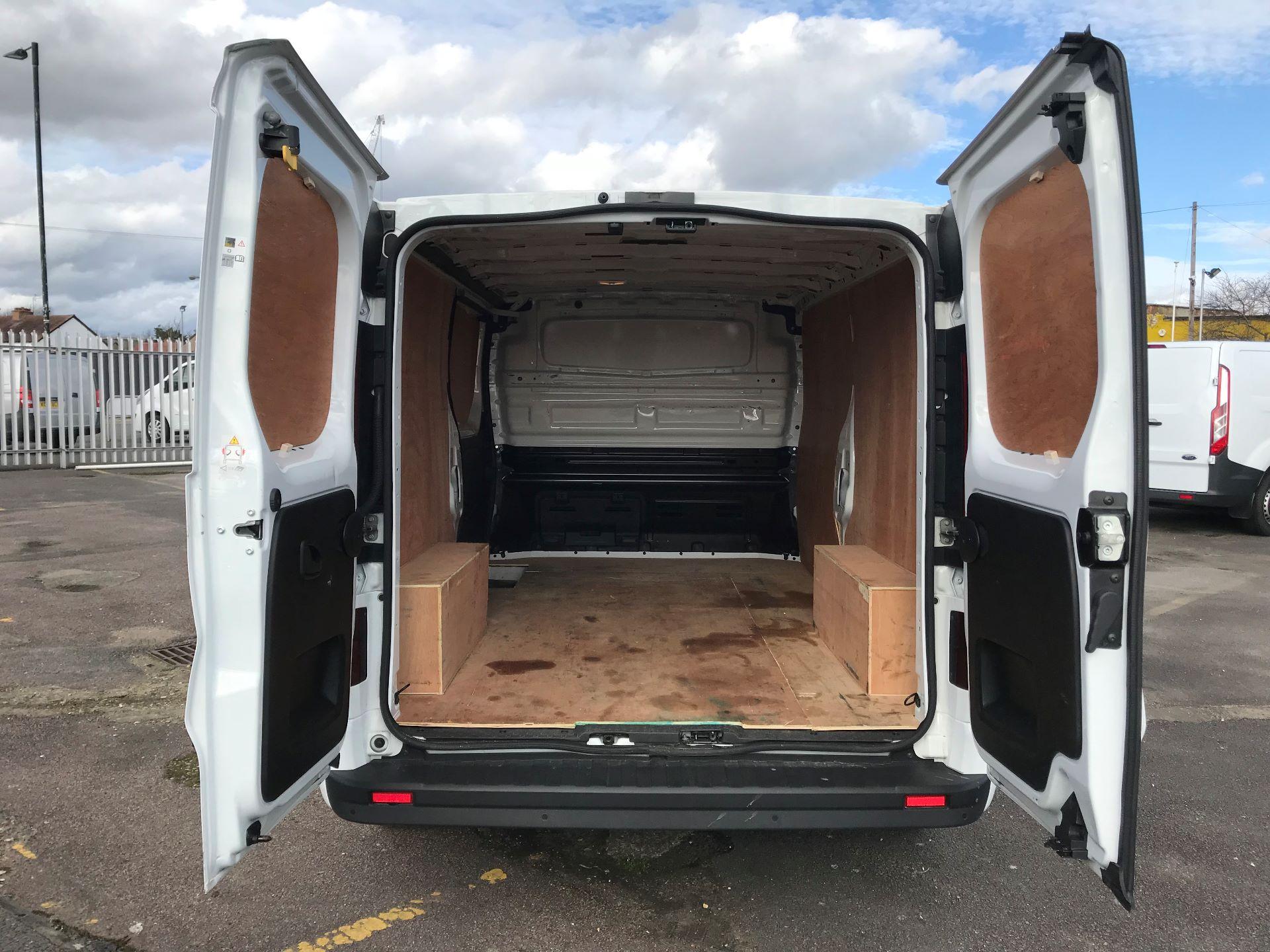 2018 Vauxhall Vivaro  L2 H1 2900 1.6 CDTI 120PS SPORTIVE EURO 6 (DY68XYH) Image 7