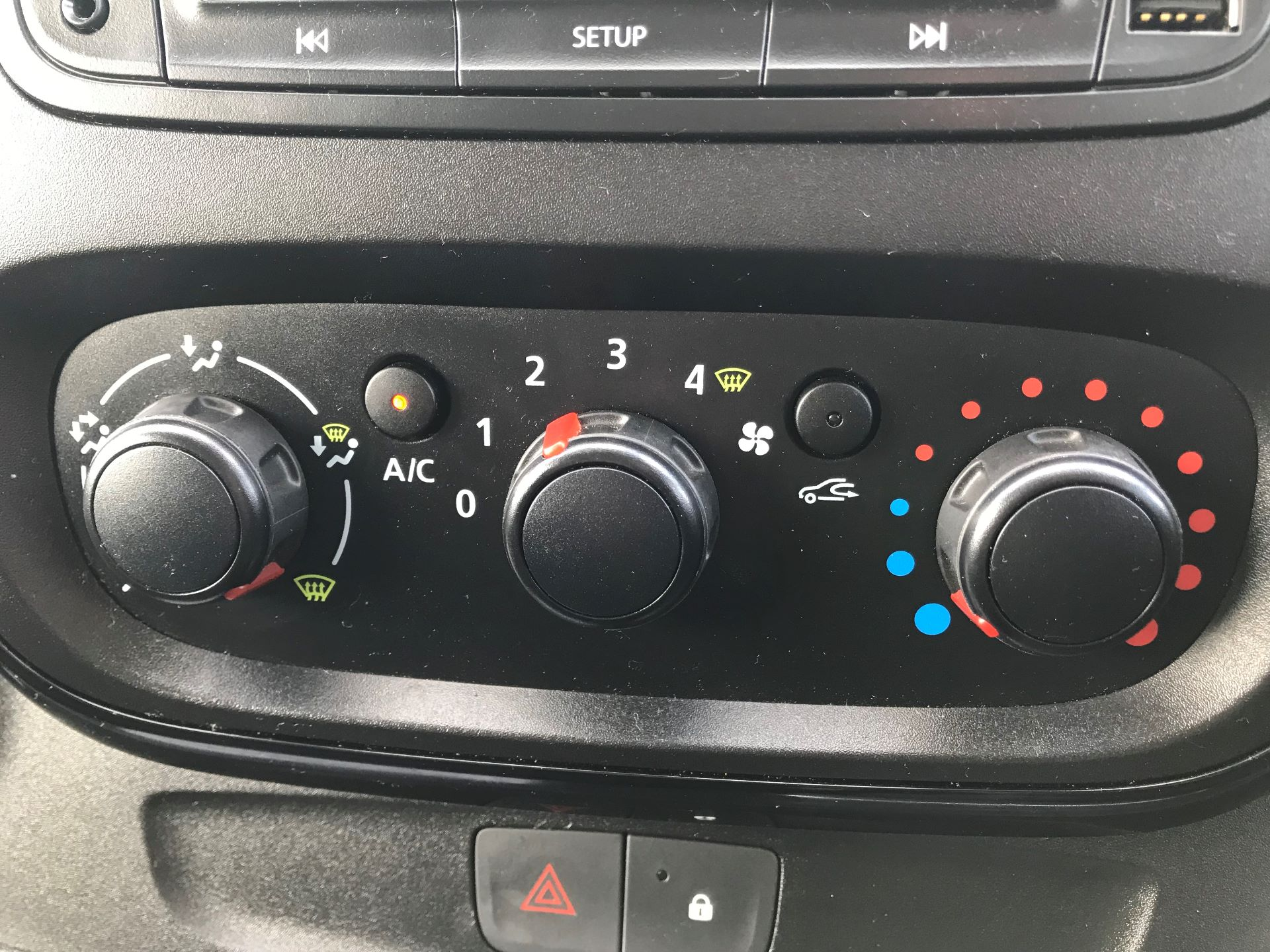 2018 Vauxhall Vivaro  L2 H1 2900 1.6 CDTI 120PS SPORTIVE EURO 6 (DY68XYH) Image 24