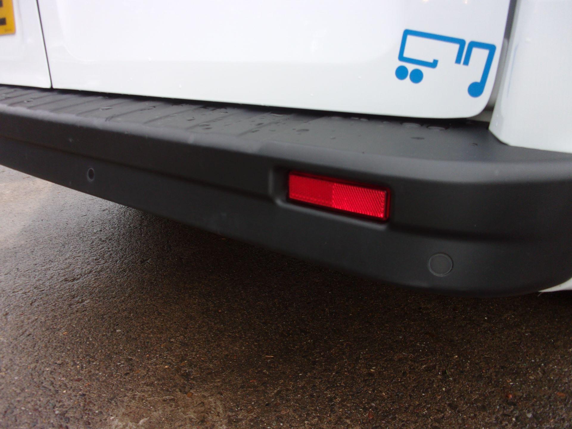 2018 Vauxhall Vivaro L1 H1 2900 1.6 CDTI 120PS SPORTIVE VAN EURO 6 (DY68YYE) Image 20