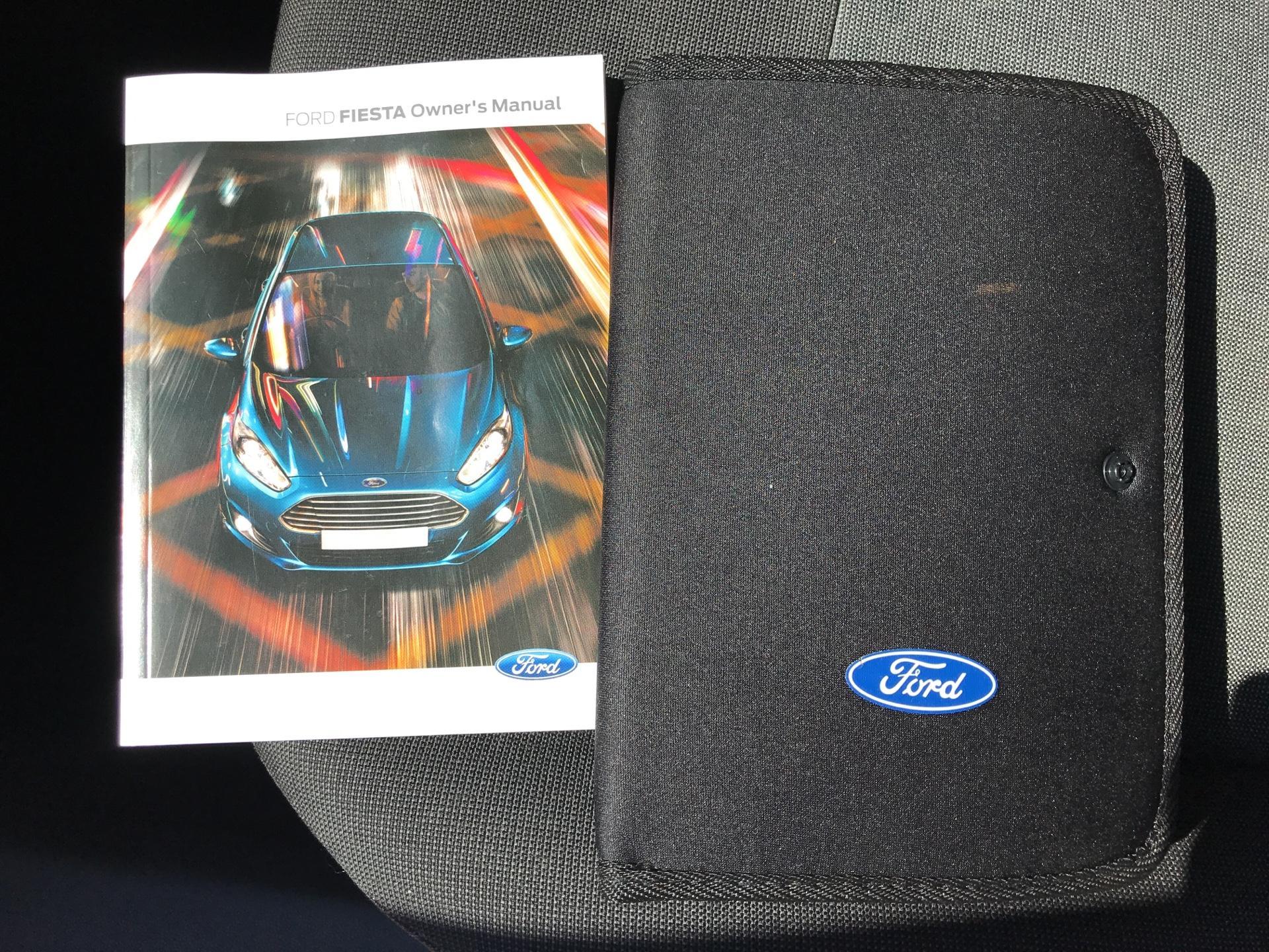 2016 Ford Fiesta DIESEL 1.5 TDCI VAN EURO 5/6 (EF16VZW) Image 18