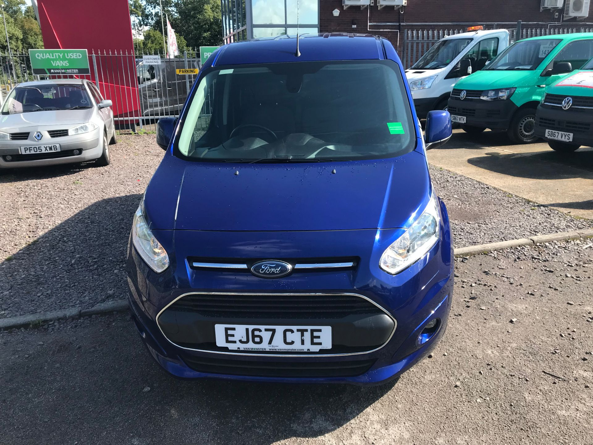 2017 Ford Transit Connect 240 L2 1.6 120PS LIMITED BLUE Euro 5 (EJ67CTE) Thumbnail 10