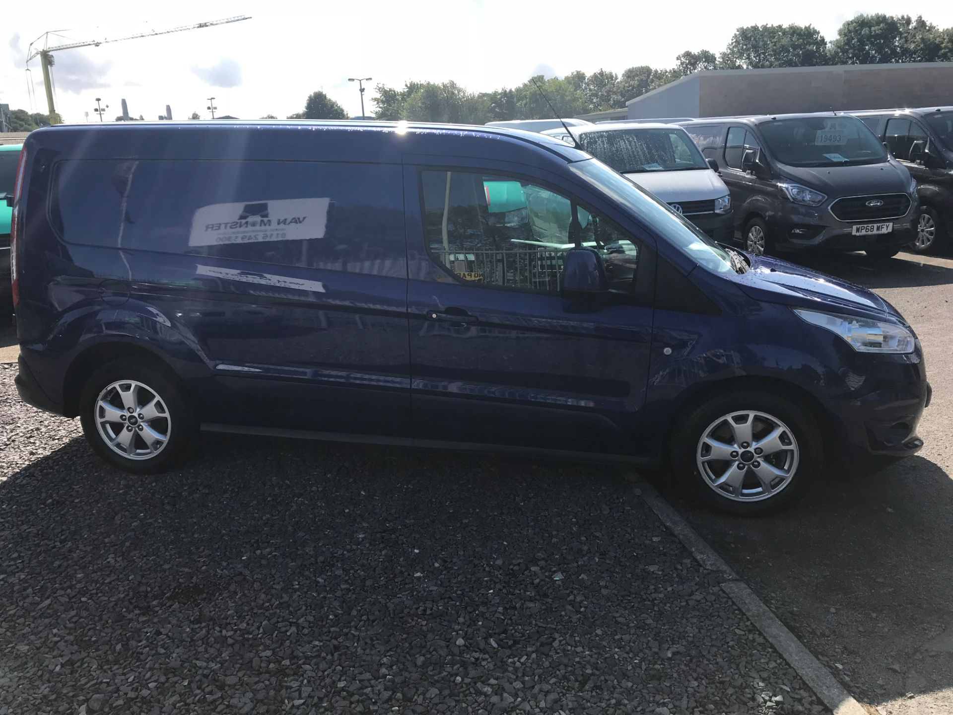 2017 Ford Transit Connect 240 L2 1.6 120PS LIMITED BLUE Euro 5 (EJ67CTE) Thumbnail 2