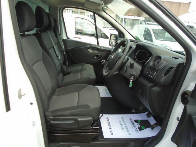 2020 Renault Trafic Sl28 Energy Dci 120 Business Van (EJ70HXH) Image 15