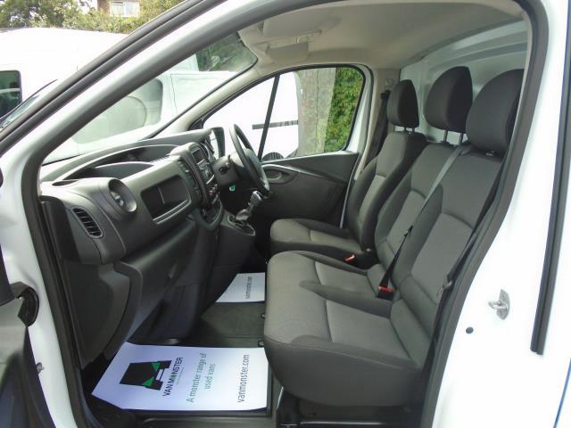 2020 Renault Trafic Sl28 Energy Dci 120 Business Van (EJ70HXH) Image 14