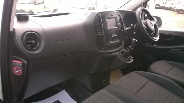 2015 Mercedes-Benz Vito LONG 114CDI BLUETEC VAN EURO 5  (EK65WME) Image 7