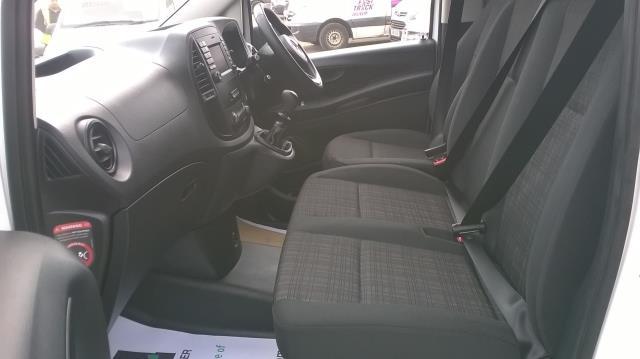 2015 Mercedes-Benz Vito LONG 114CDI BLUETEC VAN EURO 5  (EK65WME) Image 8