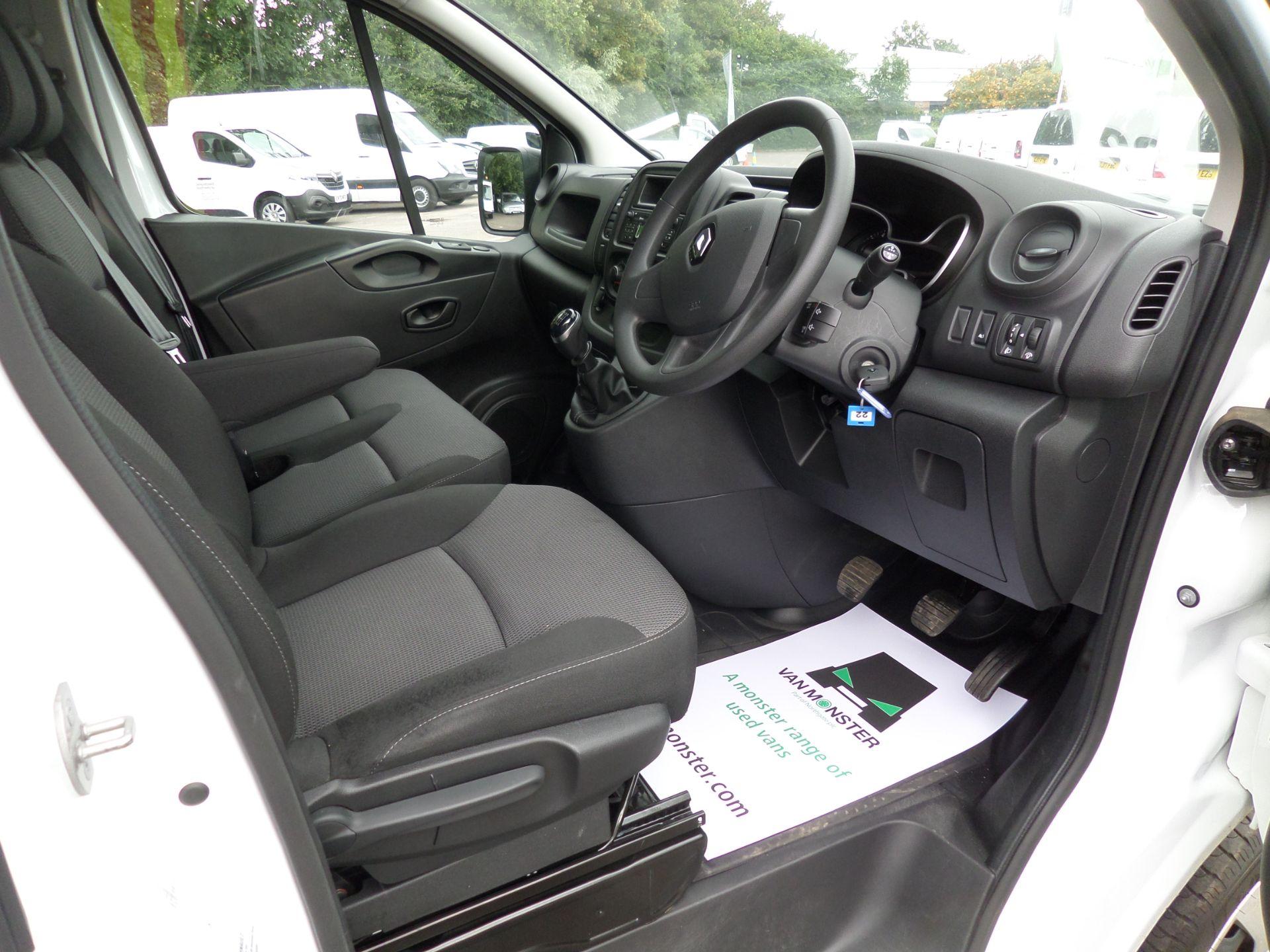 2020 Renault Trafic Sl28 Energy Dci 120 Business Van Euro 6 (EK70MUC) Image 11