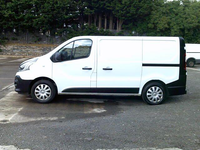 2020 Renault Trafic Sl28 Energy Dci 120 Business Van (EK70MWG) Image 12