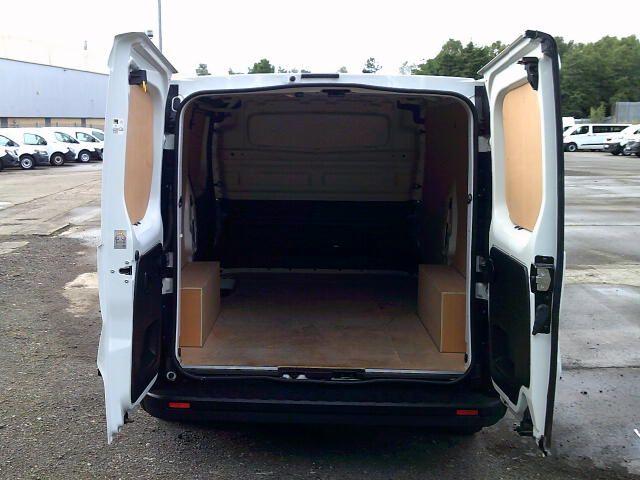 2020 Renault Trafic Sl28 Energy Dci 120 Business Van (EK70MWG) Image 17