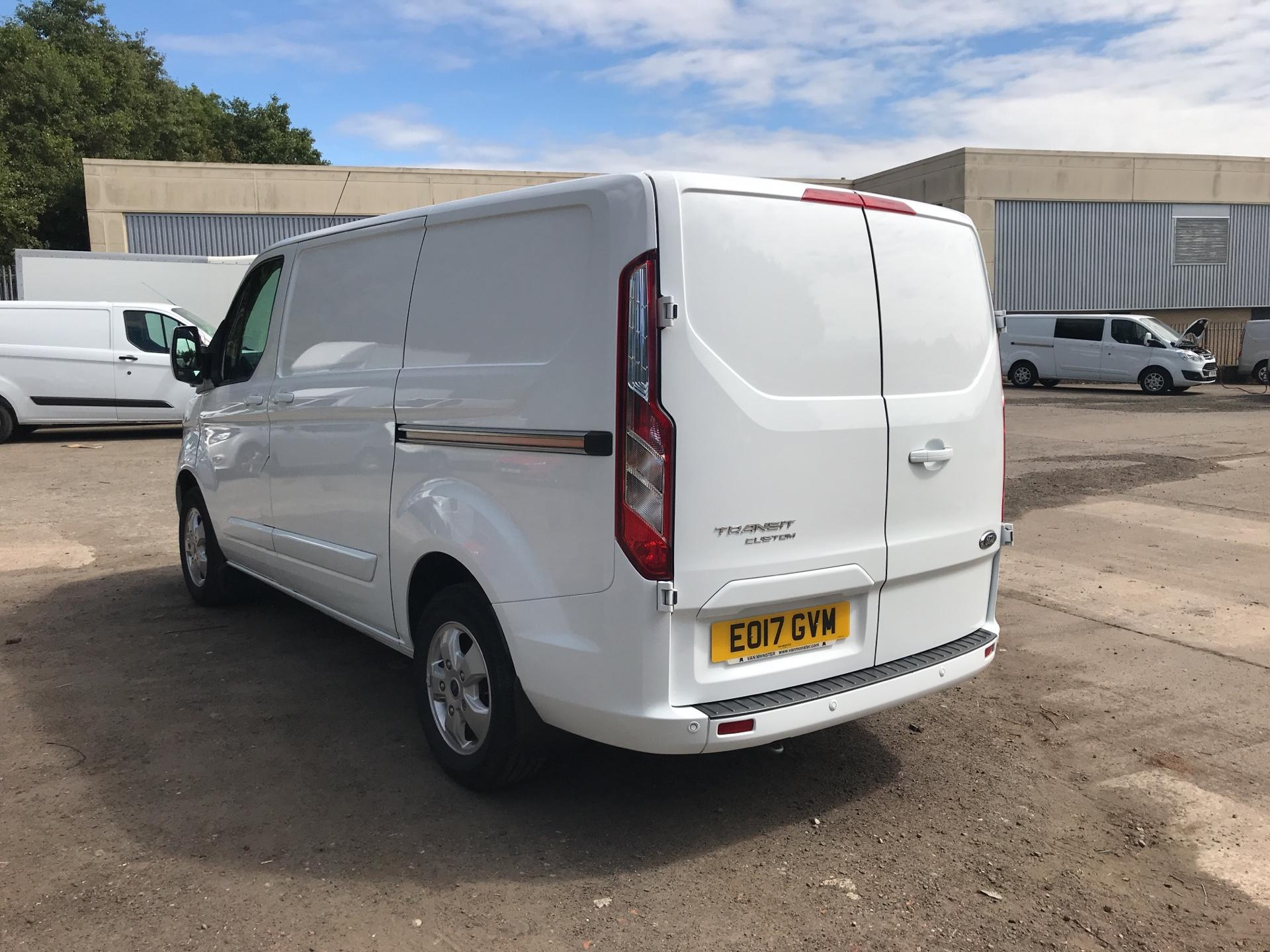 2017 Ford Transit Custom 270 L1 DIESEL FWD 2.0 TDCI 130PS LOW ROOF LIMITED EURO 6 (EO17GVM) Image 5