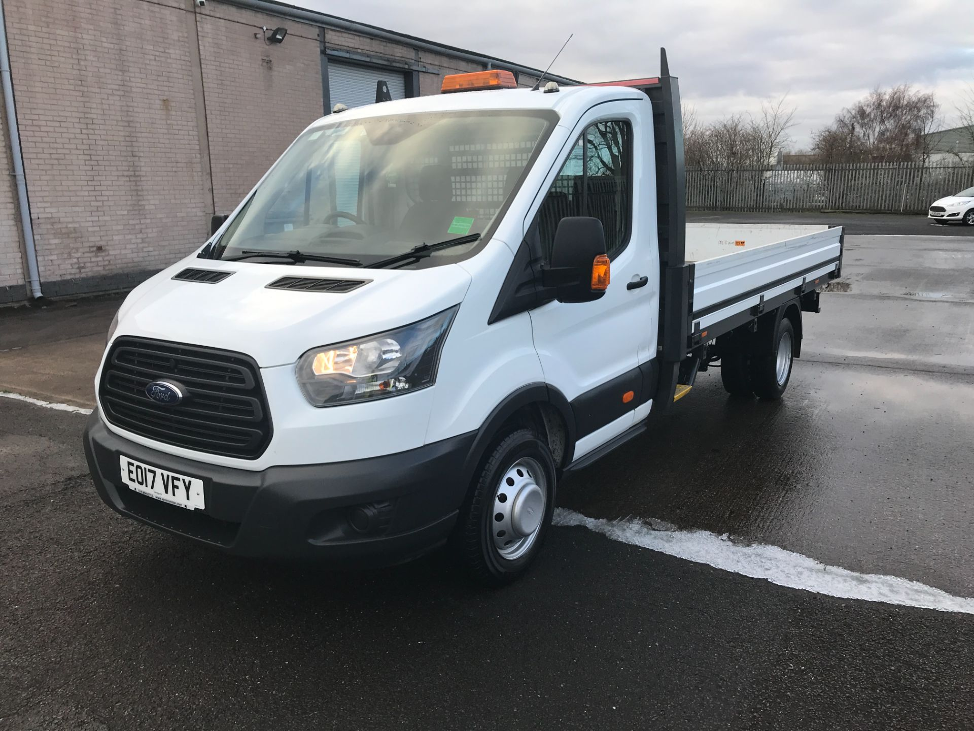 2017 Ford Transit T350 13FT SINGLE CAB DROPSIDE 130PS EURO 6 (EO17VFY) Image 13