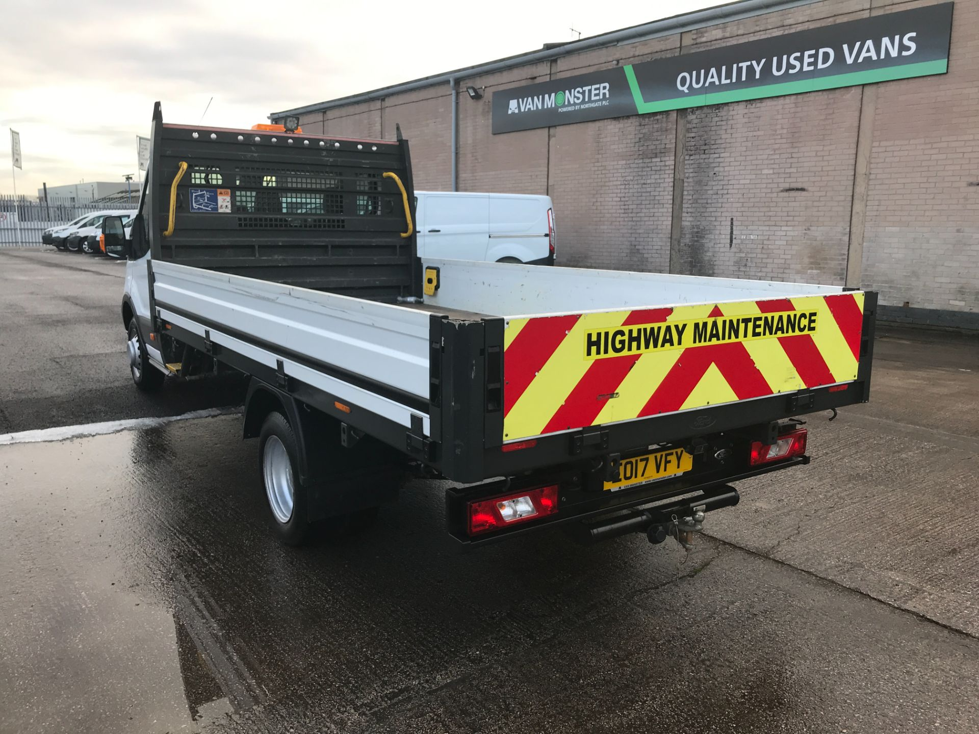 2017 Ford Transit T350 13FT SINGLE CAB DROPSIDE 130PS EURO 6 (EO17VFY) Image 10