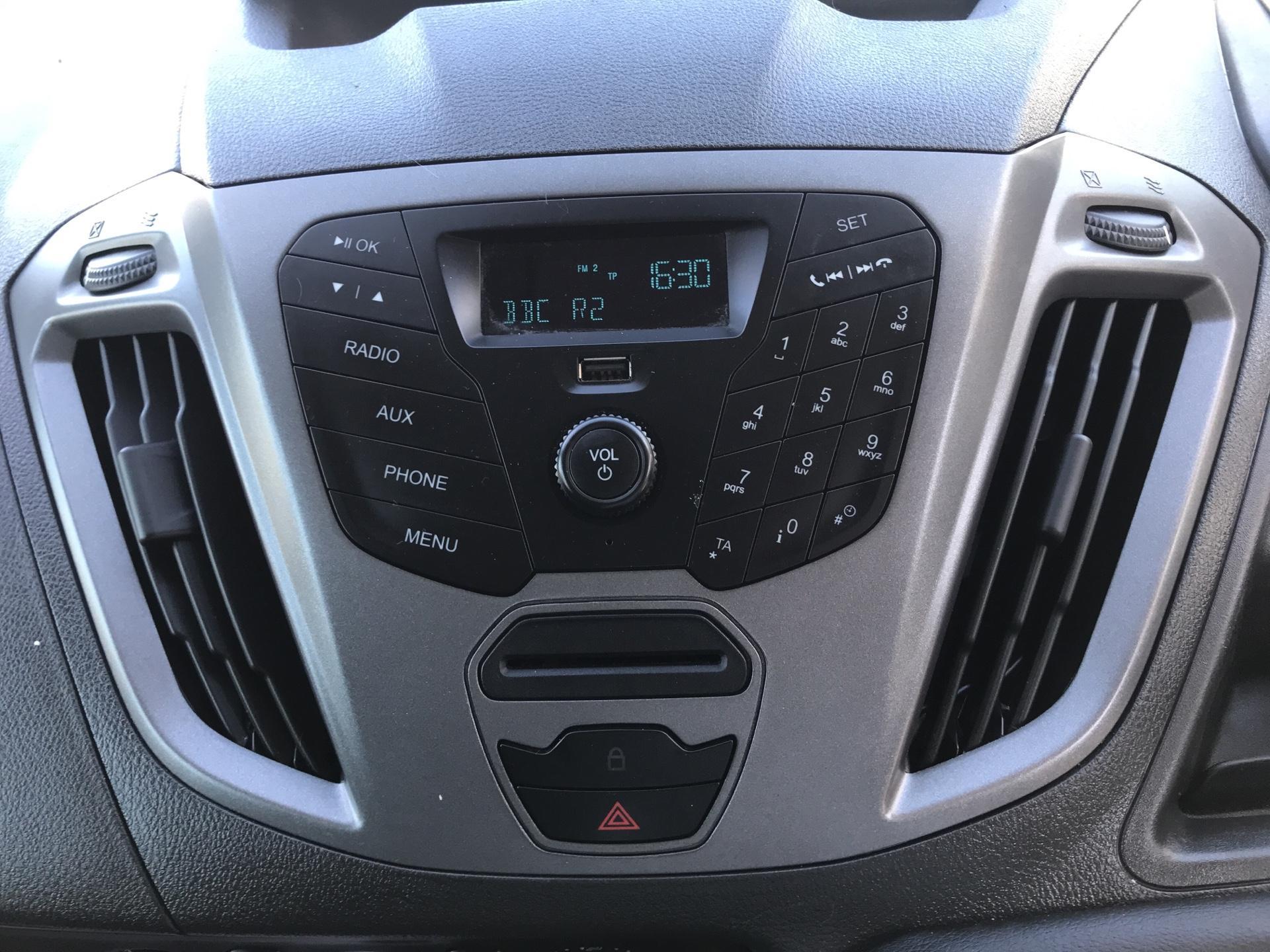 2015 Ford Transit Custom DIESEL L1 FWD 2.2 TDCI 100PS LOW ROOF VAN EURO 5 (EO65OLV) Image 10
