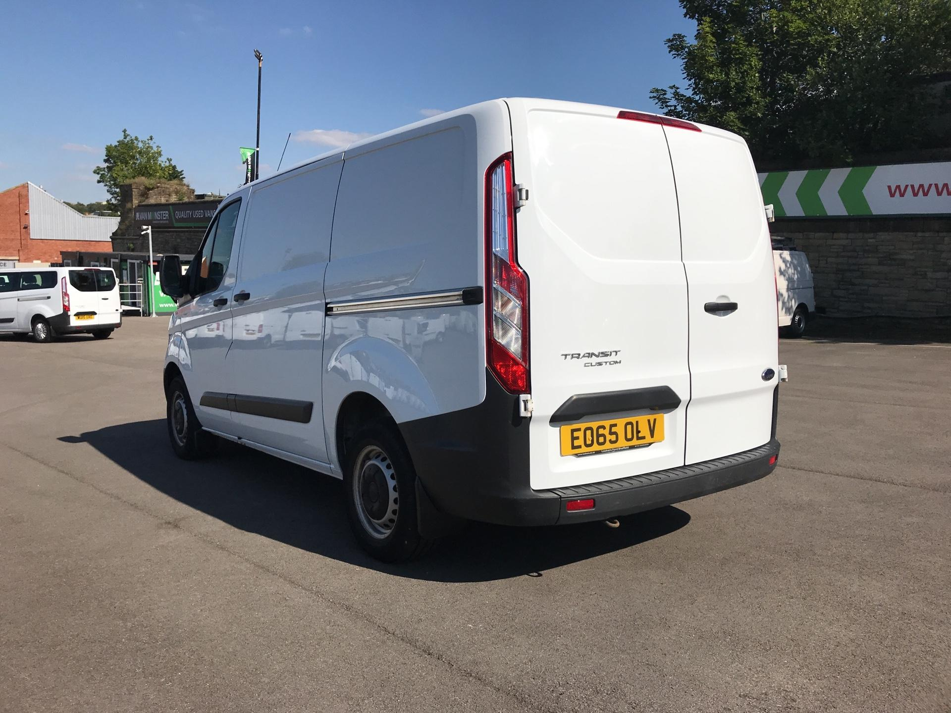 2015 Ford Transit Custom DIESEL L1 FWD 2.2 TDCI 100PS LOW ROOF VAN EURO 5 (EO65OLV) Image 5